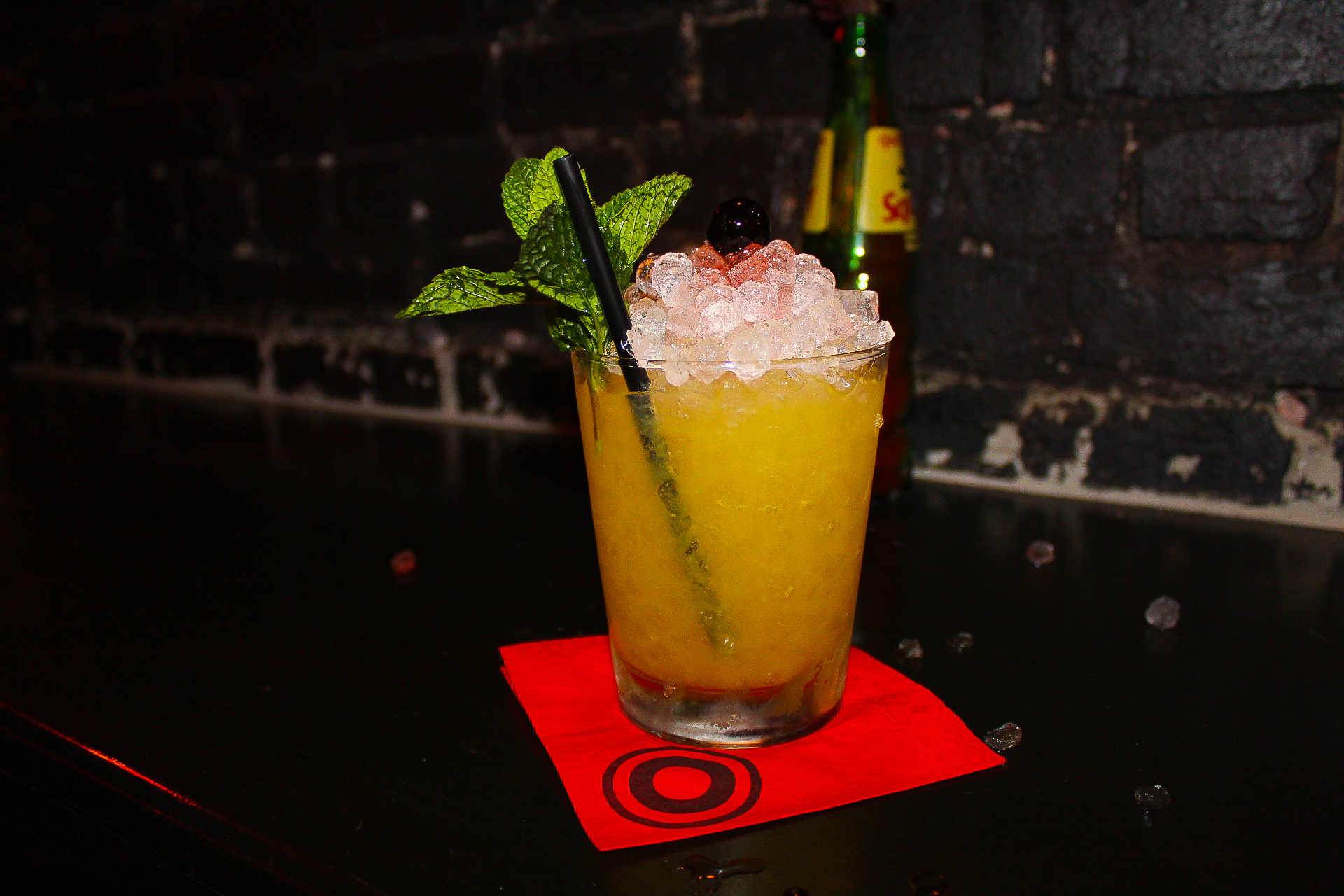 Pleasant Avenue - gin based drink with an apricot liquer