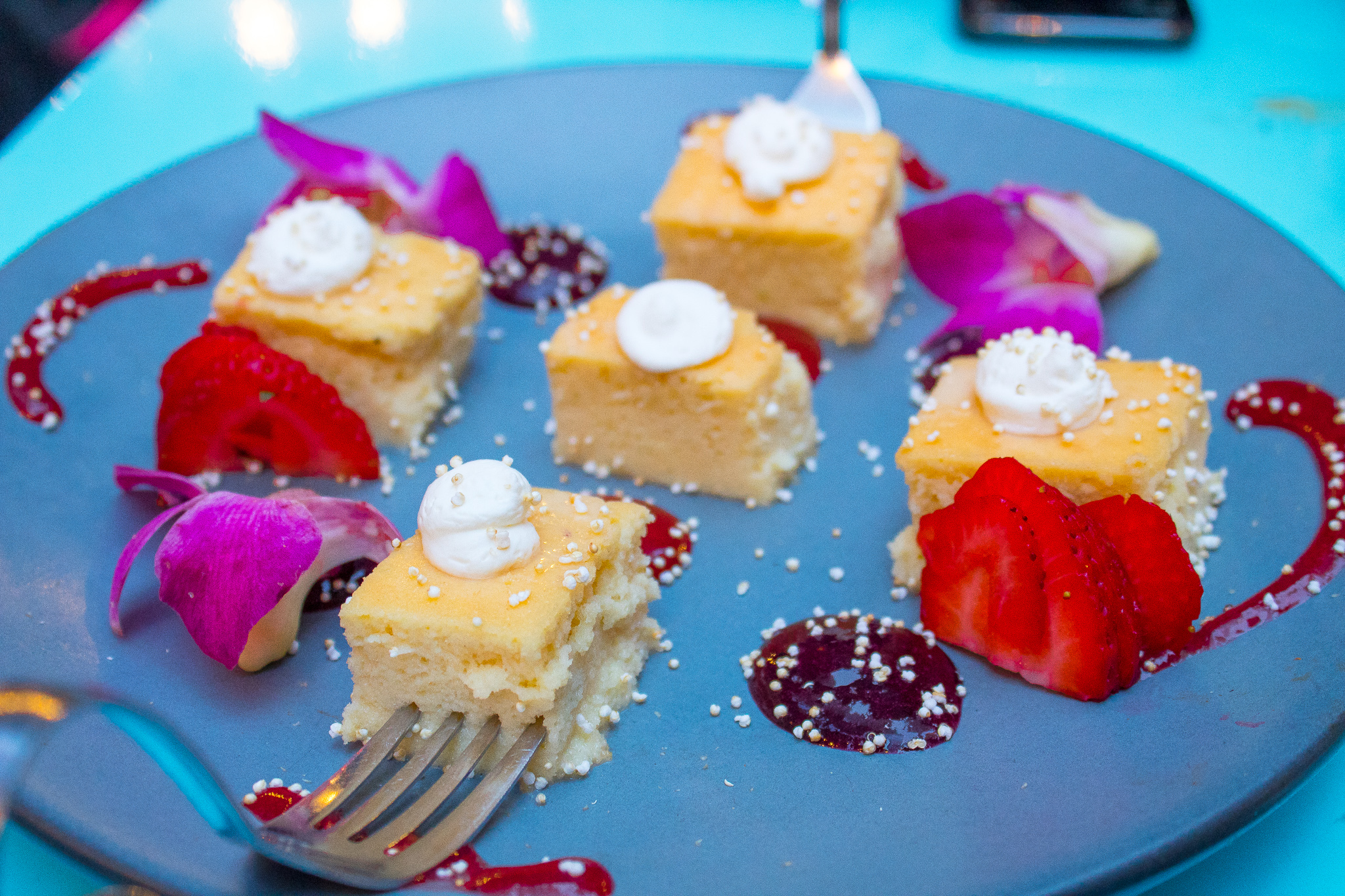 TRES LECHES W/ BERRIES