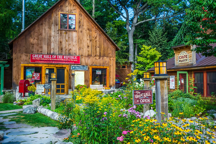 Fill Your Bag - Cherry Republic6026 S Lake St, Glen Arbor, MI 49636Welcome to the cherry capital of the world! Relax in the outdoor garden, and try to avoid staining your clothing.