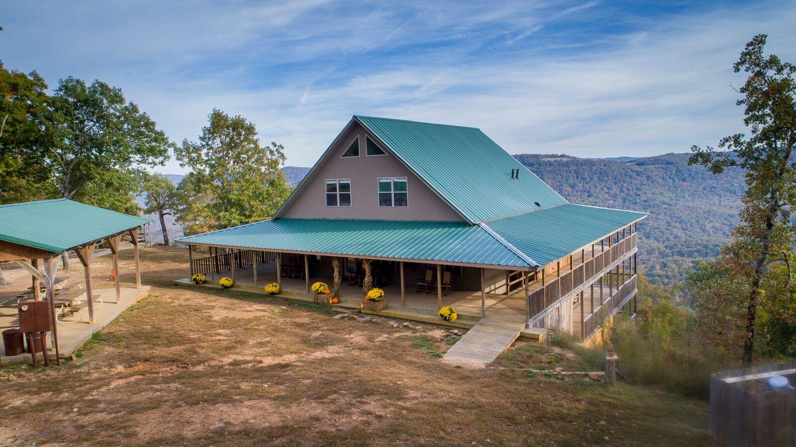 Exterior - Back Lodge 2.jpeg