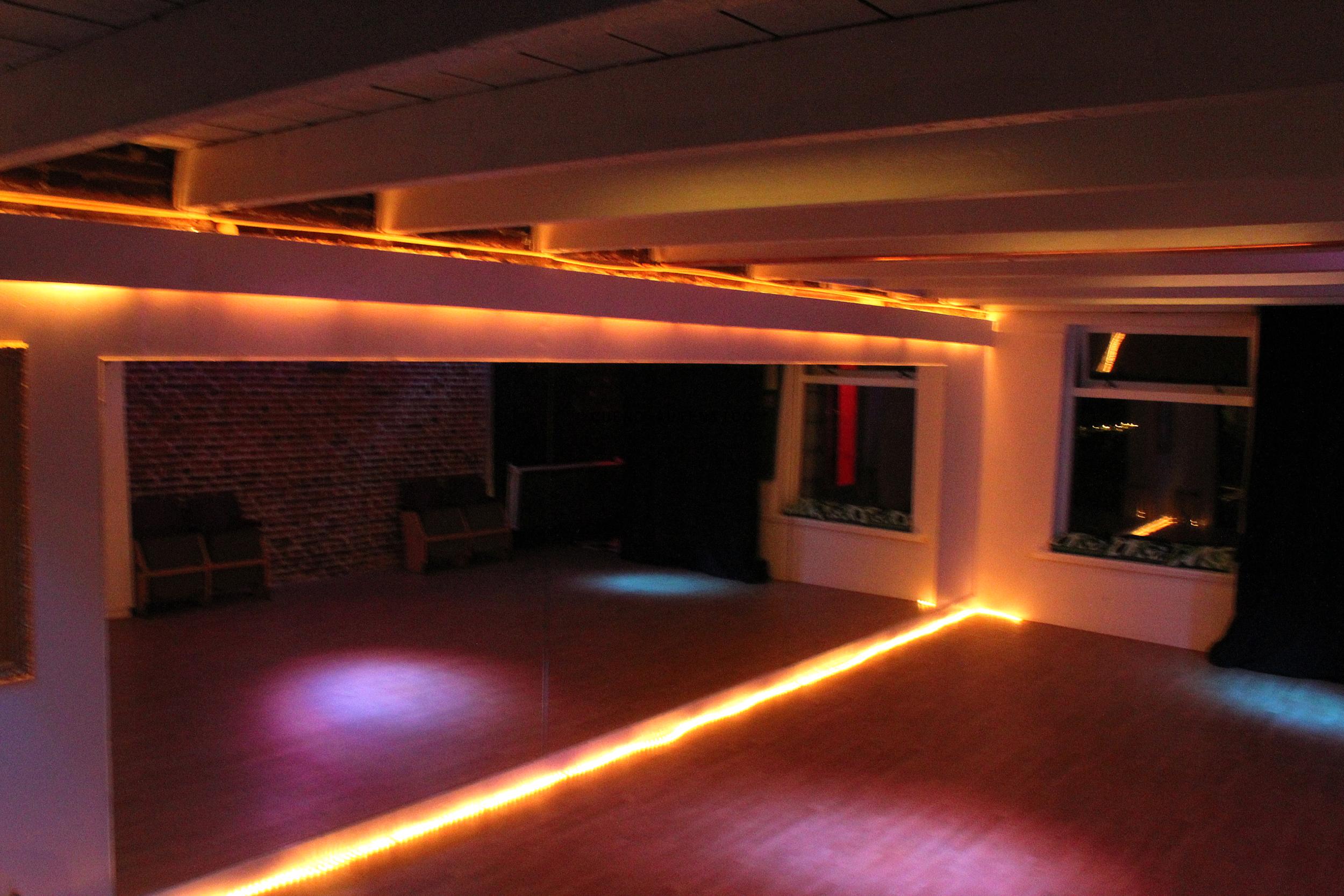 Dance studio (1).png