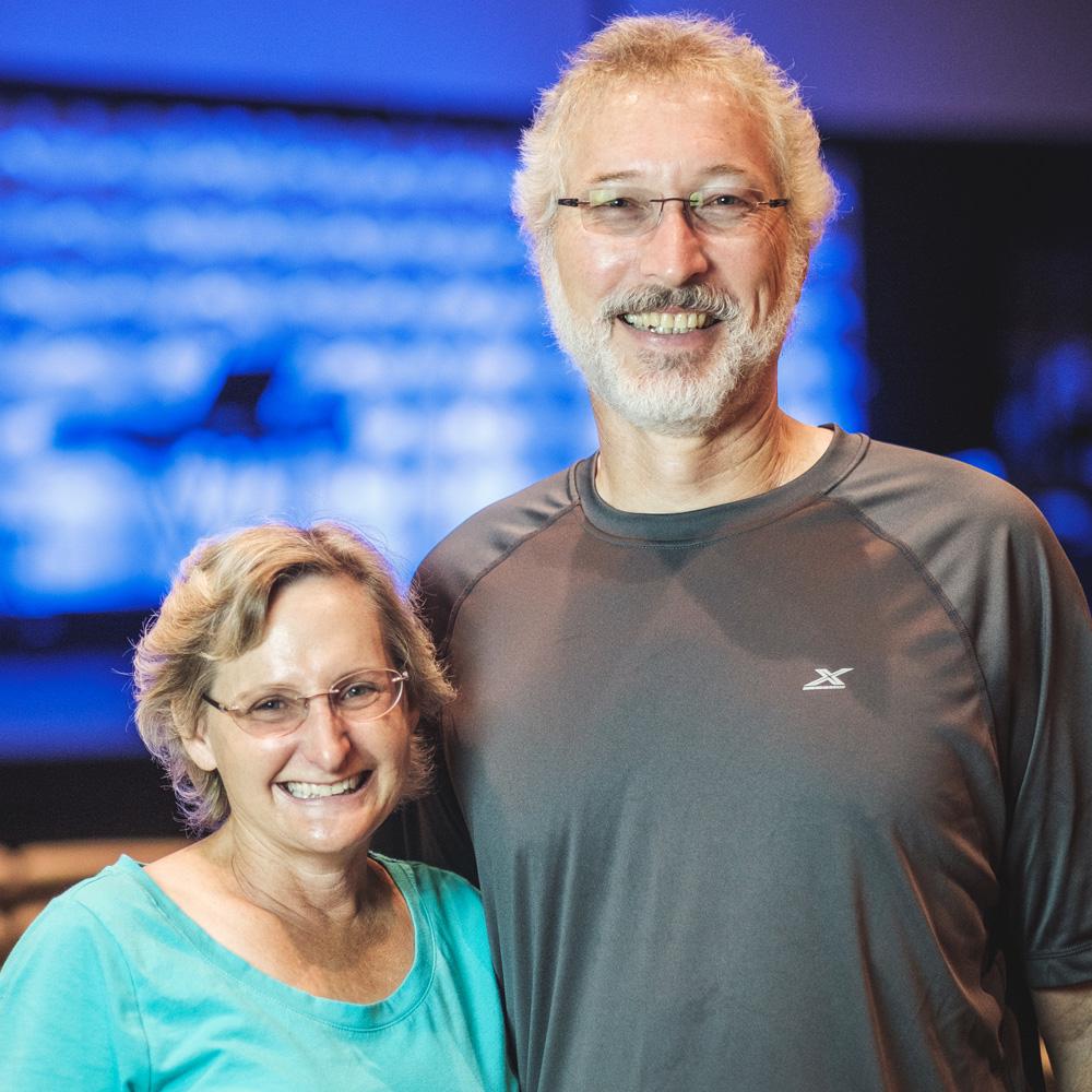 Phil & Erin Jenkins - Hiking Kinnect Leaders