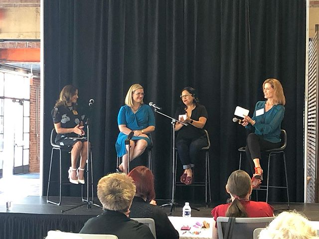 AFW Board Member, Monica Lindstrom, moderating a panel on women's civic engagement with Representative Isela Blanc, Phoenix Mayor Kate Gallego and Eve Reyes-Aguierre at the Gretchen Carlson Leadership Initiative Summit! We are proud to be a community partner for this fantastic workshop @allintogether . . . . . #Phoenix #Arizona #GCLIxAZ #AllInTogether #women #womenempowerment #womeninpolitics