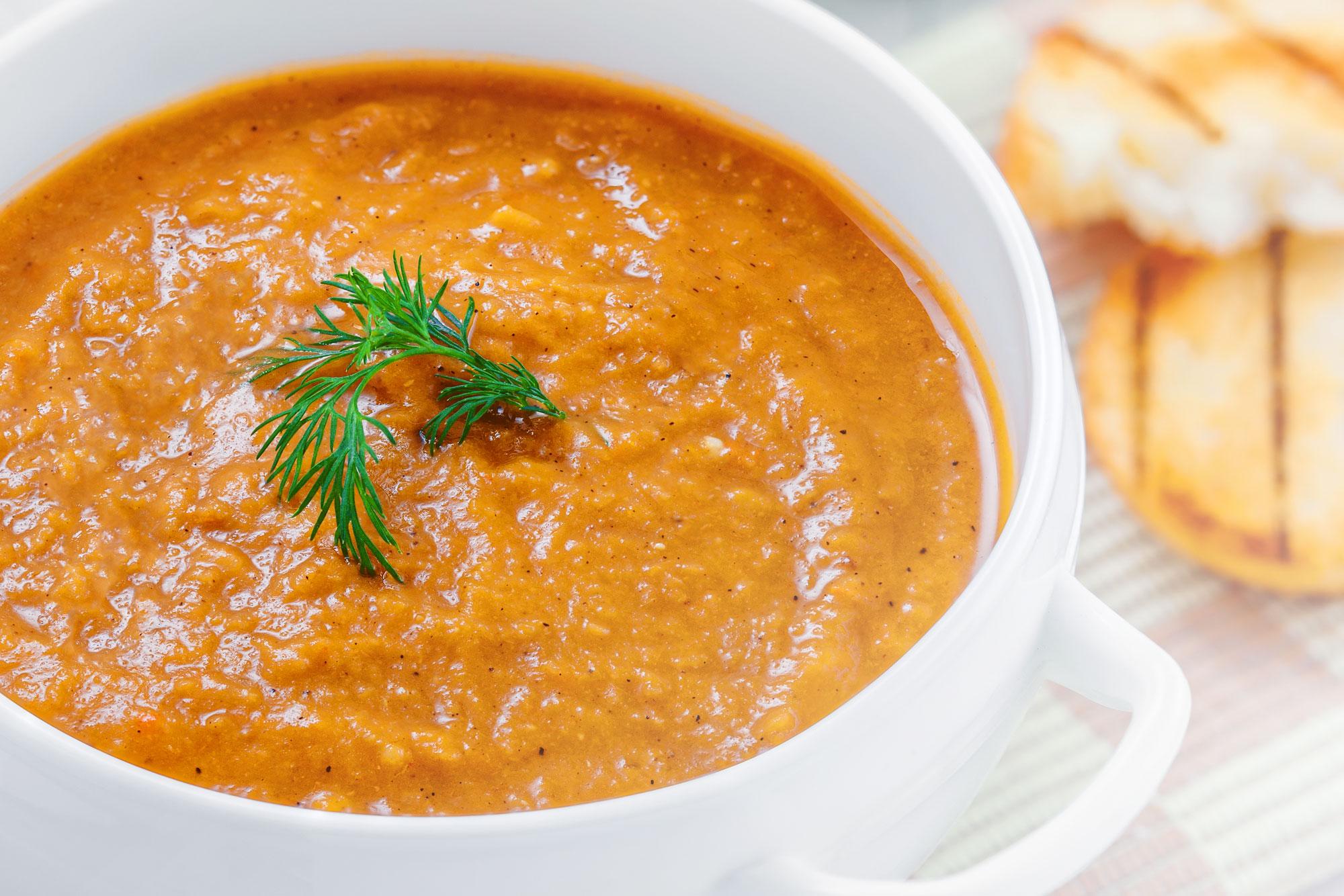 good-life-juice-hearty-lentil-soup.jpg