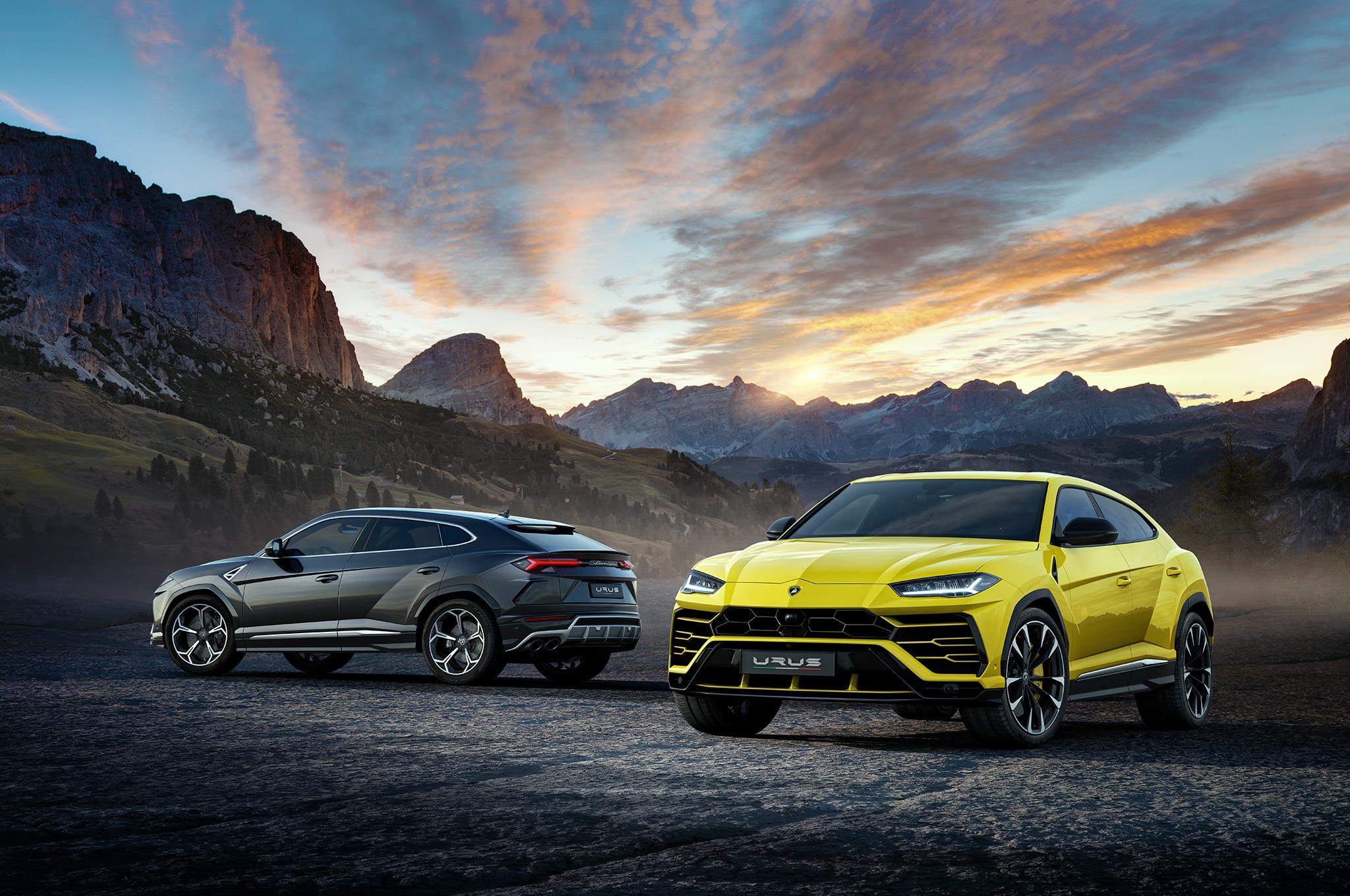 2019-Lamborghini-Urus-front-and-rear-side-views.jpg