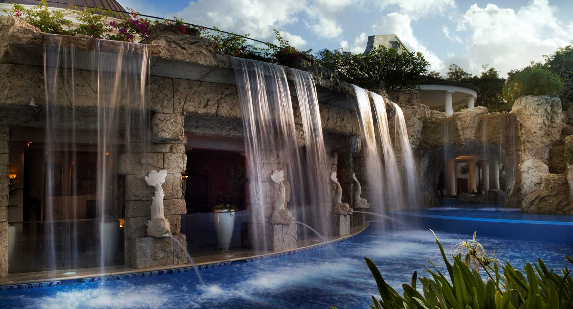 Barbados_Sandy-Lane_Waterfall-at-The-Spa.jpeg