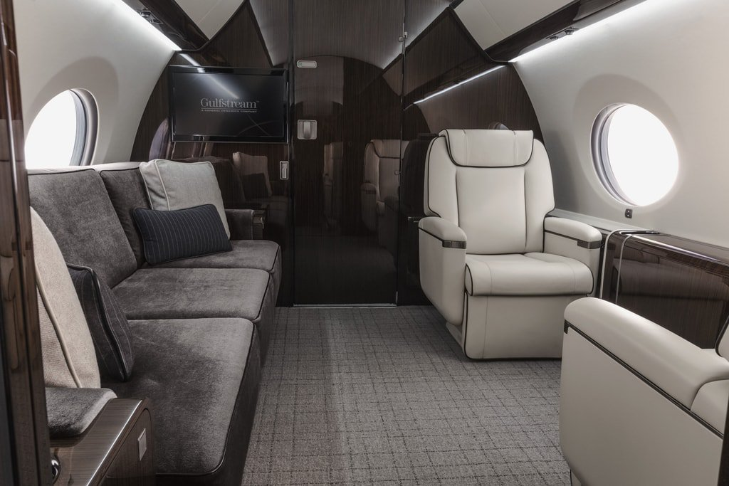 23.Gulfstream_G650_Interior-Haute-Living-United-States-min.jpg