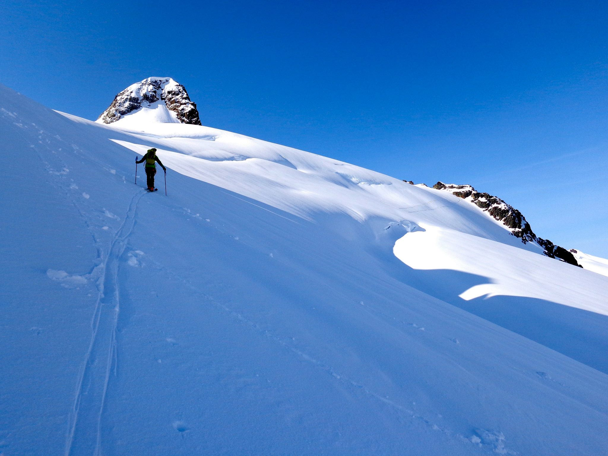 Picture by Jeff Dobronyi. Taken on the Overlord Glacier mid way between Blackcomb and Whistler on the Spearhead traverse.