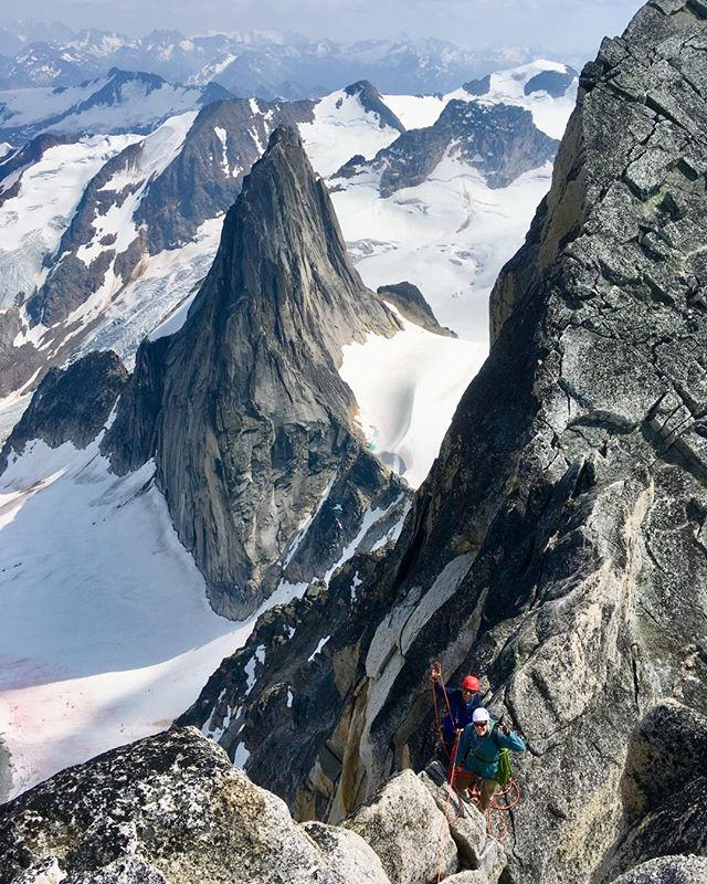 Isn't it crazy you can climb these granite spires at such moderate technical grades? Psyched to be returning to the Bugaboos this August to help another client stand tall on these remarkable summits! #ifmga #nafta #stratiformsummits