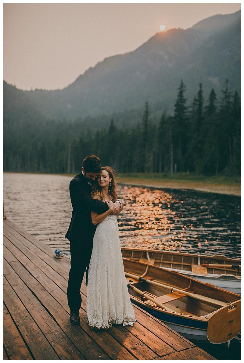 wedding photographer near maple ridge