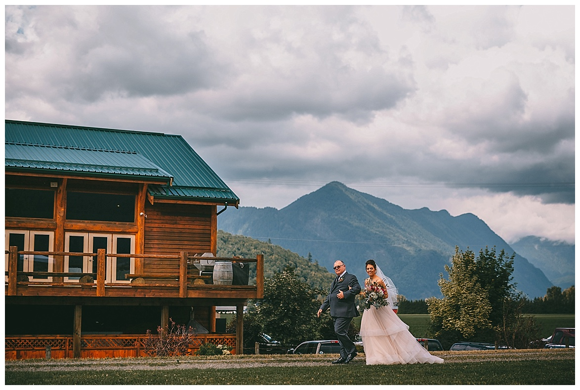 wedding at fraser river lodge