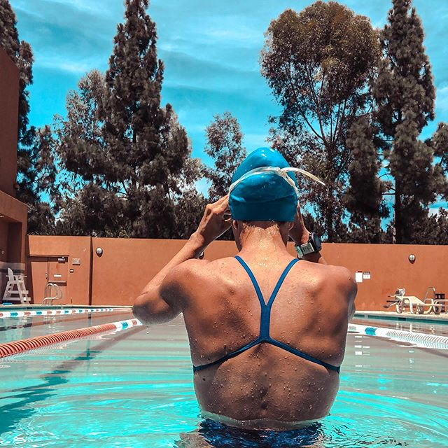 I love running, but I loved swimming first 🏊🏼‍♀️. . . On Sunday's I don't run, but I like to do something active. Usually Anthony, Oakley 🐶 and I go for a hike, but it's too hot out for Princess Oakley these days so I've been jumping in the pool instead and really enjoying it! . . We've had a busy Sunday! Church, brunch, shopping for new work clothes 😏 (I go back in a month 😳), running errands, and later I get a massage 🤩. . . I hope everyone had a great weekend & stayed somewhat cool! 💛. . . #sundayfunday #iloverunning #iloveswimming #gorun #stravarun #garmin #optoutside