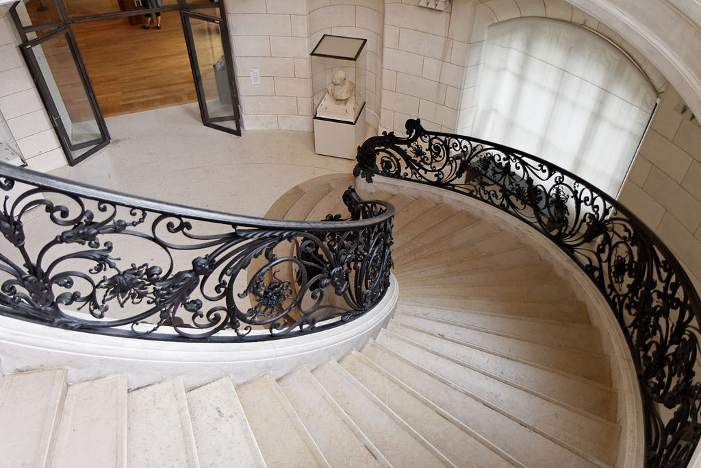 1024px-Paris_-_Petit_Palais_-_Escalier_pavillon_nord_-_PA00088878_-_008.jpg