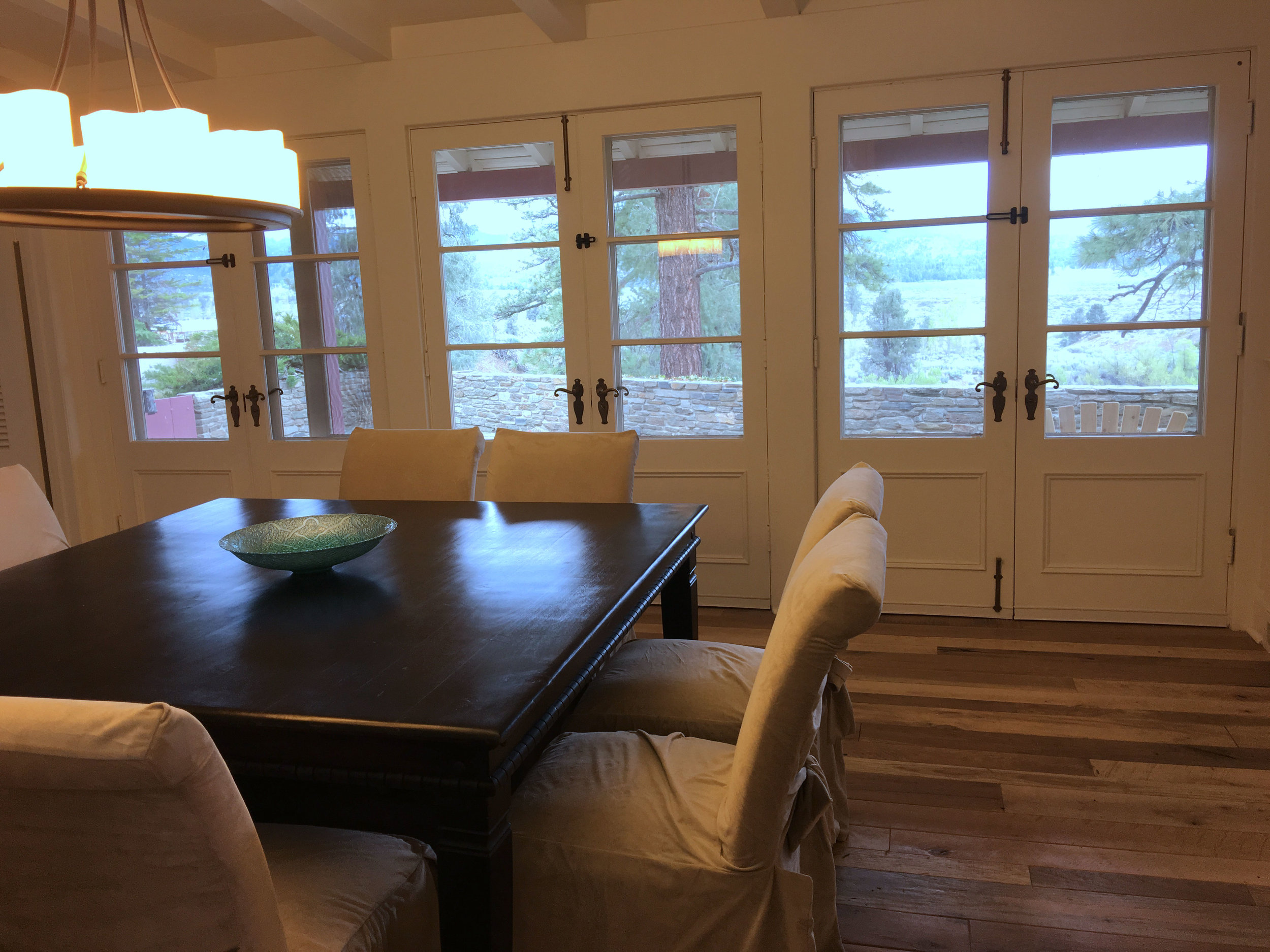 Dining-Room-View-to-North--.jpg