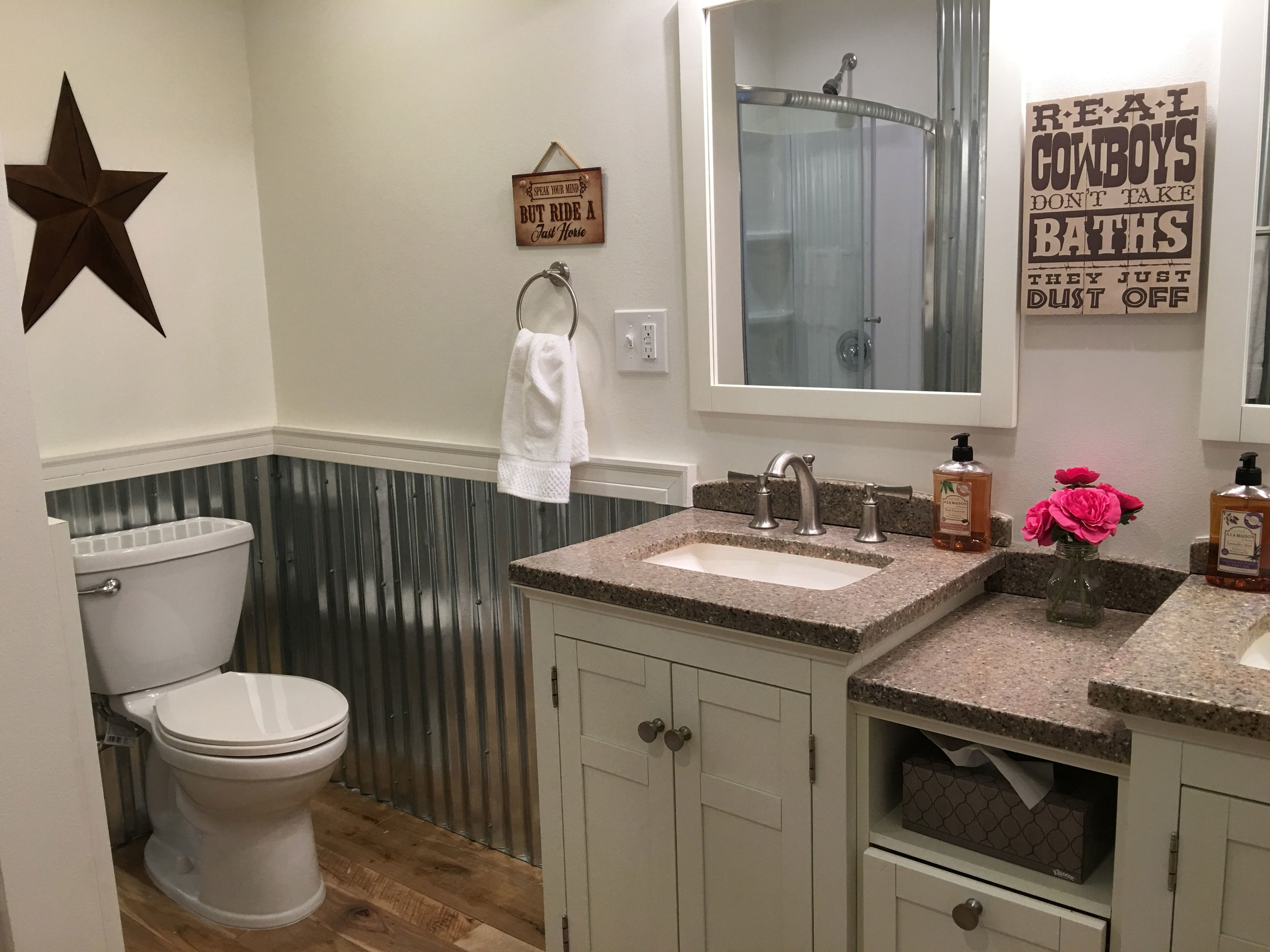 Hall-Bathroom-2.jpg