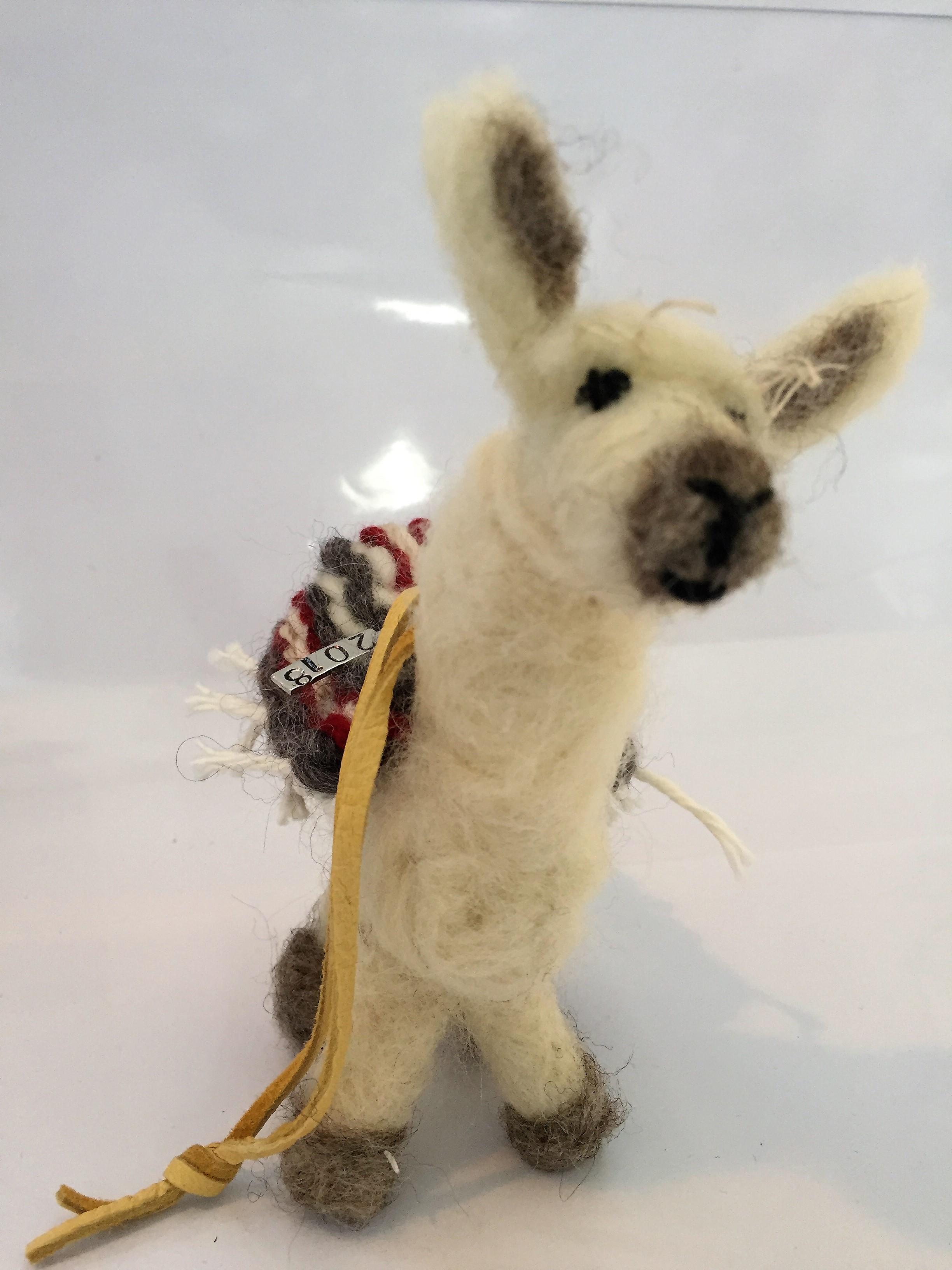 llama ornament 2.JPG