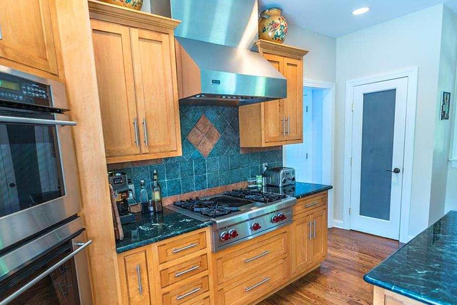 gardiner_Kitchenporch_before.jpg