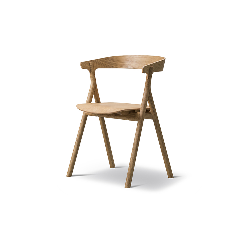 The Yksi Chair by Fredericia . Photo – courtesy of Great Dane.