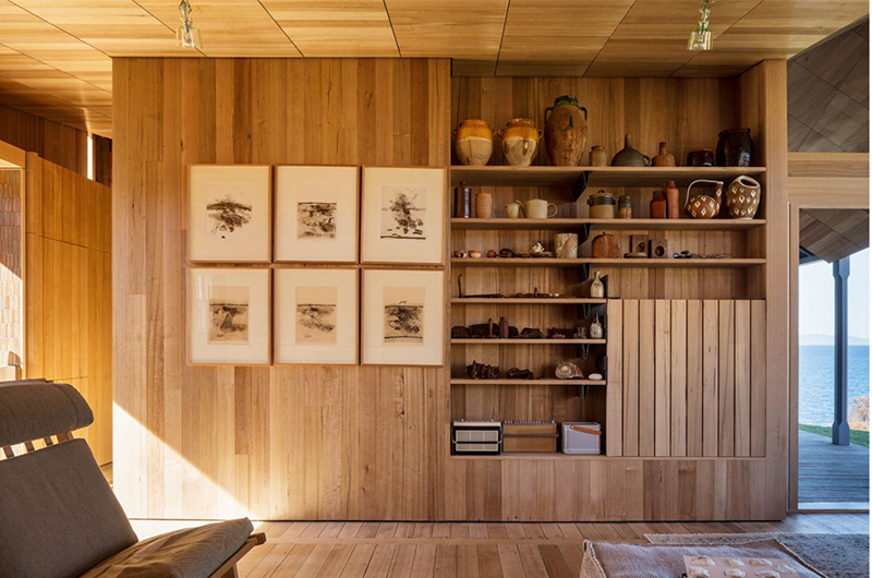 Although geographically very far from Japan, Captain Kelly's Cottage by  John Wardle Architects , also in Tasmania, references Japanese design. The walls, floor, and ceiling of the living space was crafted entirely out of Tasmanian oak, and furniture items like a writing desk and coffee table were made out of leftover materials. Photo –  Trevor Mein .