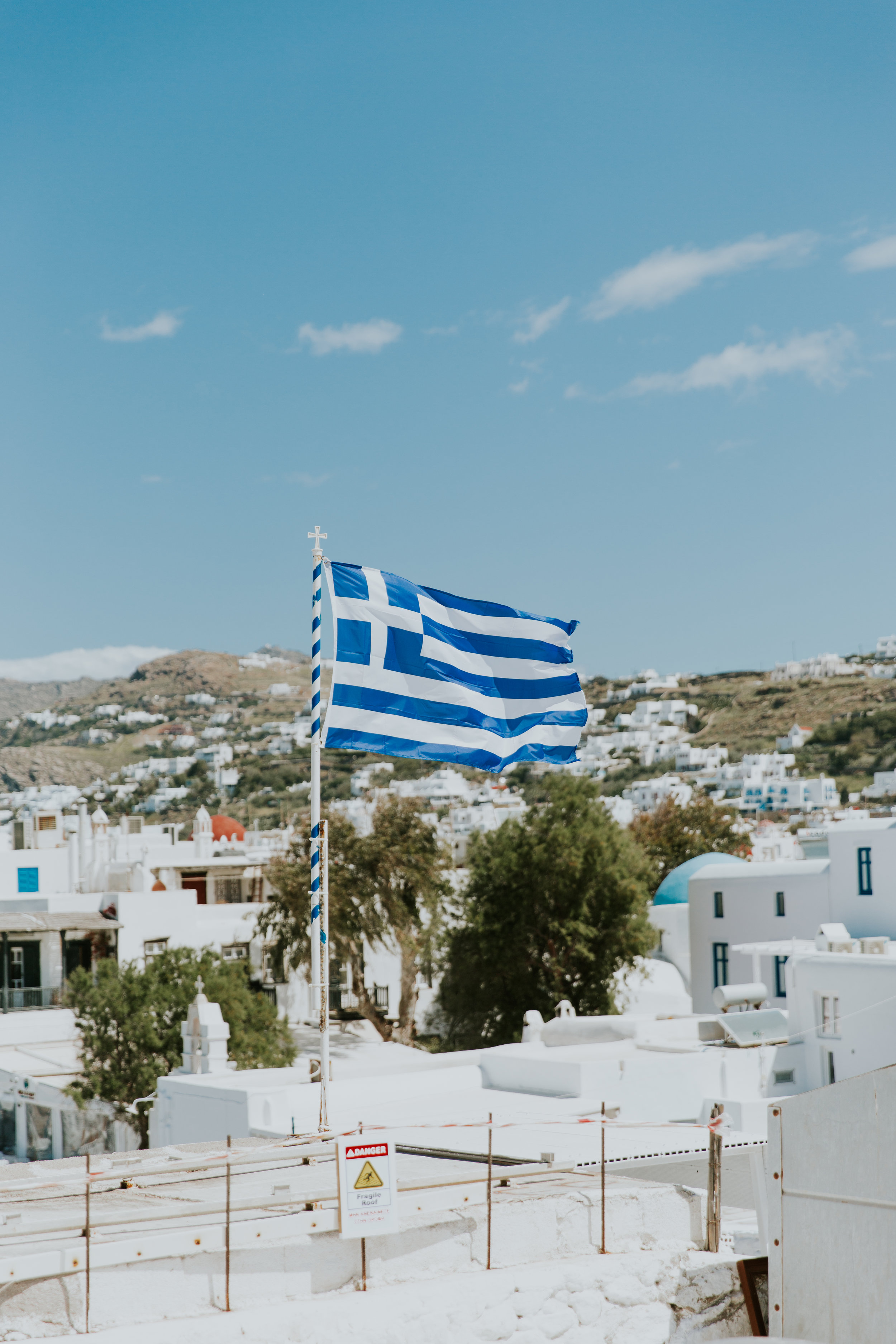 HOW WE DID A 10-DAY GREECE TRIP FOR UNDER $3,500 (FLIGHTS INCLUDED!)