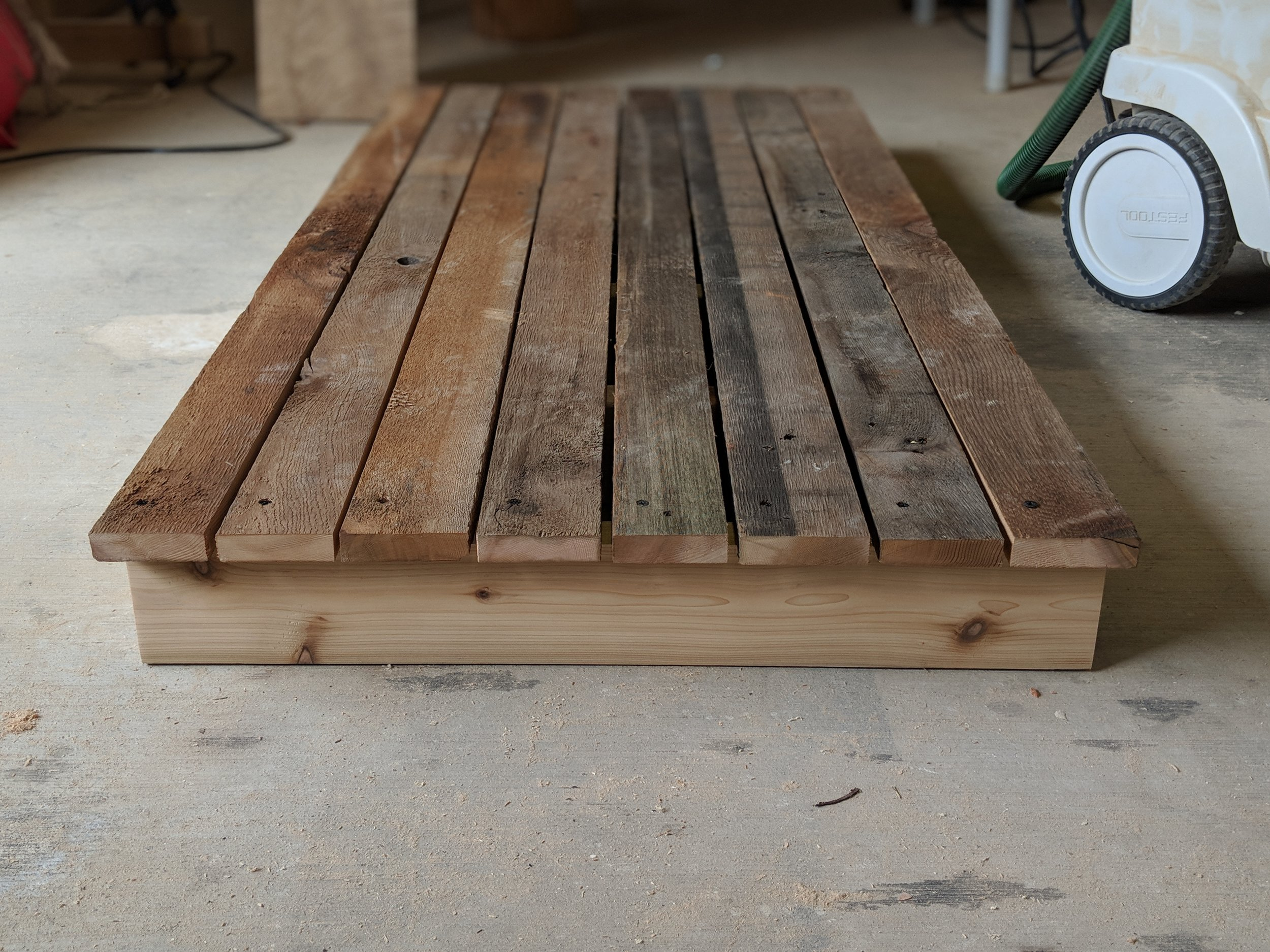 cedar base for air compressor