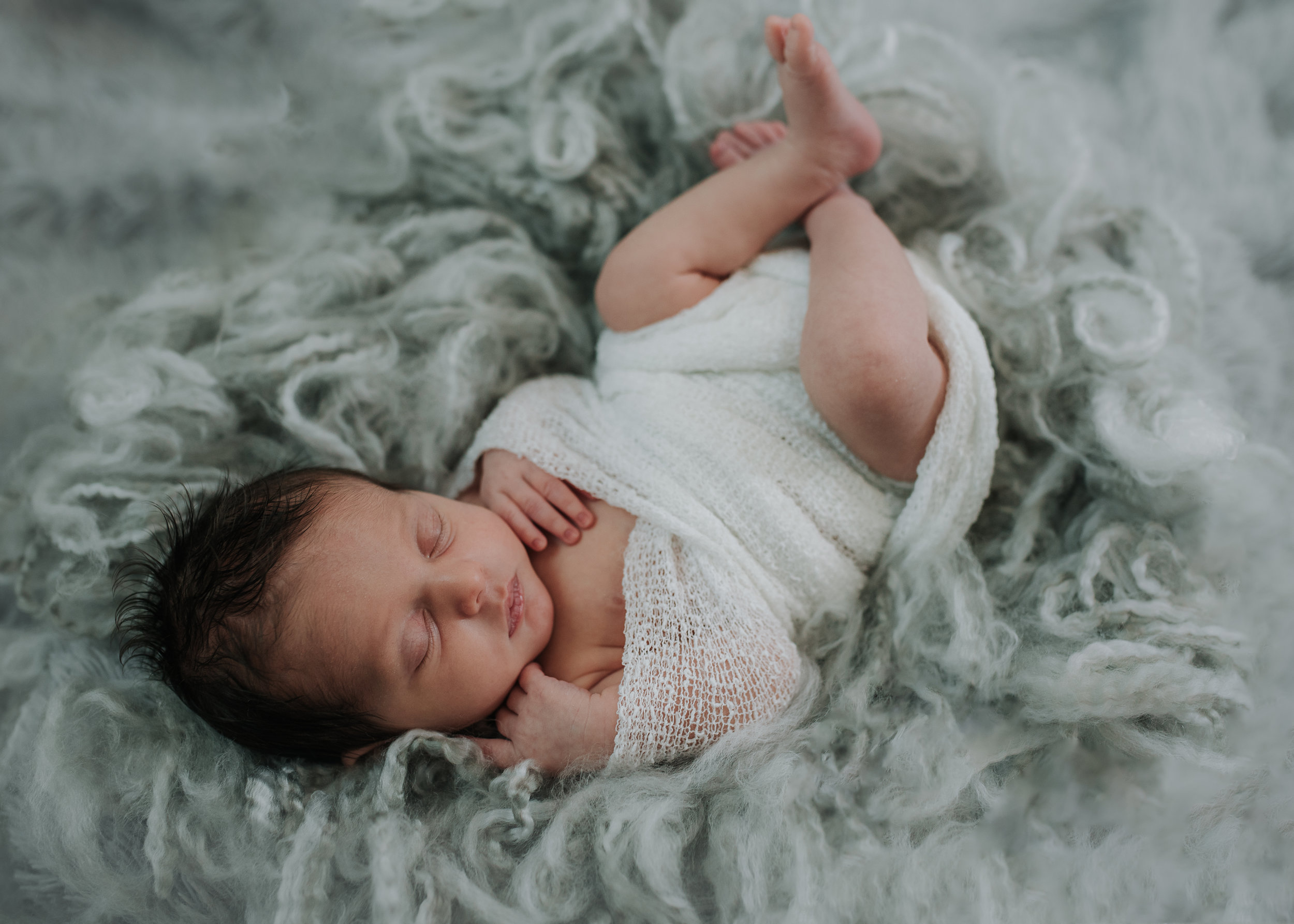 Sunshine_Coast_B.C_Newborn_Photographer_Paige_lorraine_photography (4).jpg