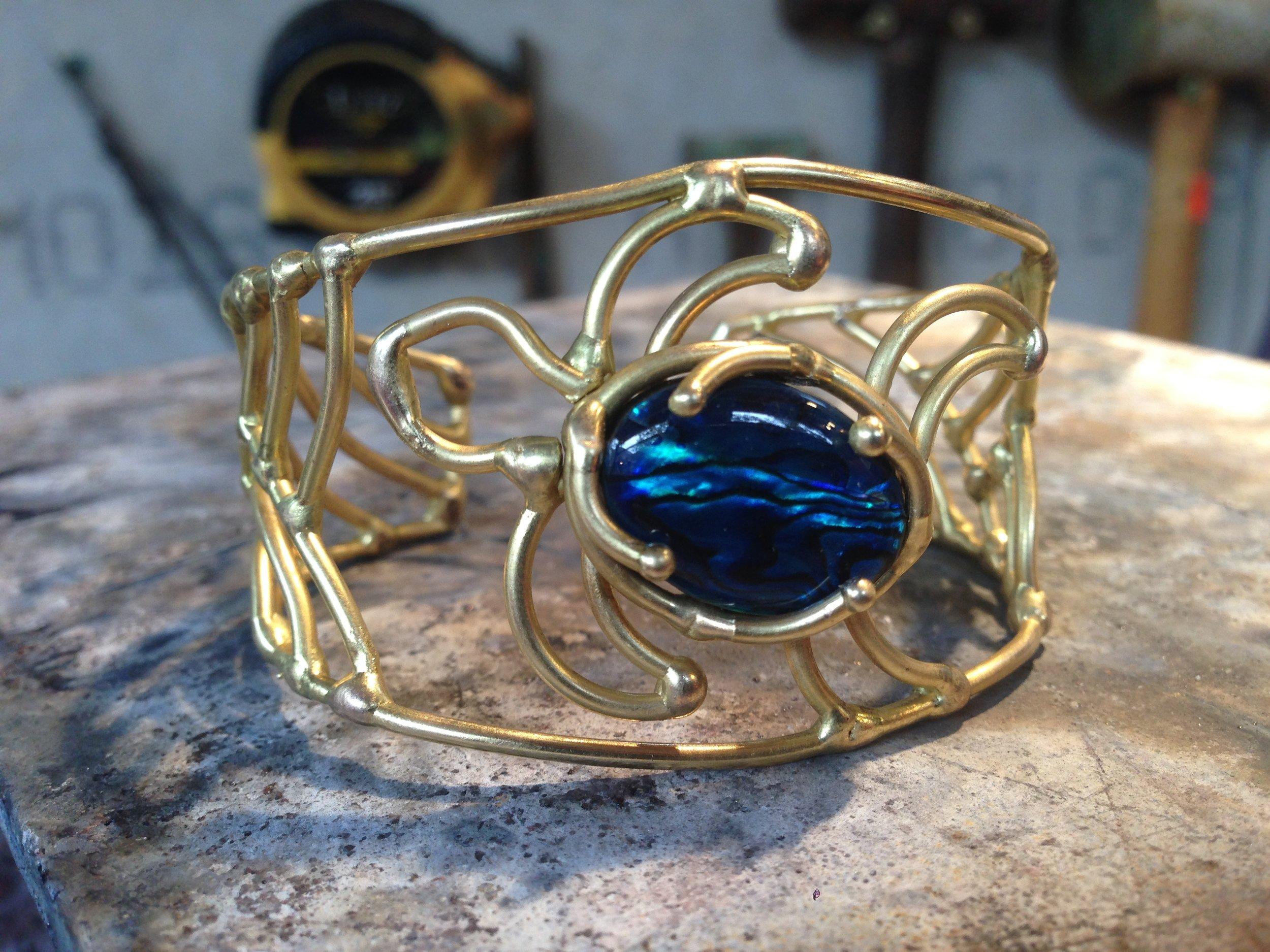 Blue Pāua Shell Turtle Bracelet in Bronze
