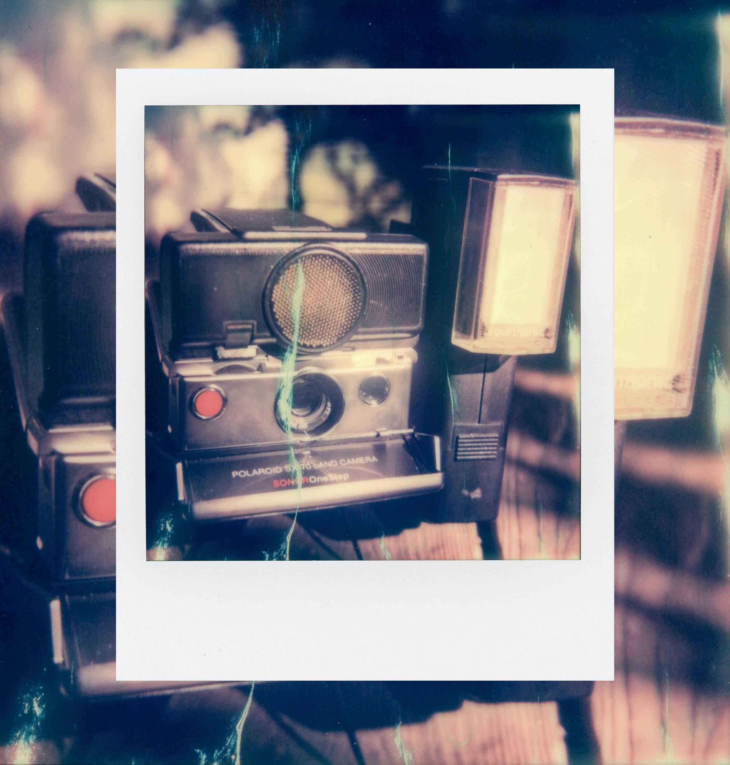 Sx70_Polaroid_.jpg