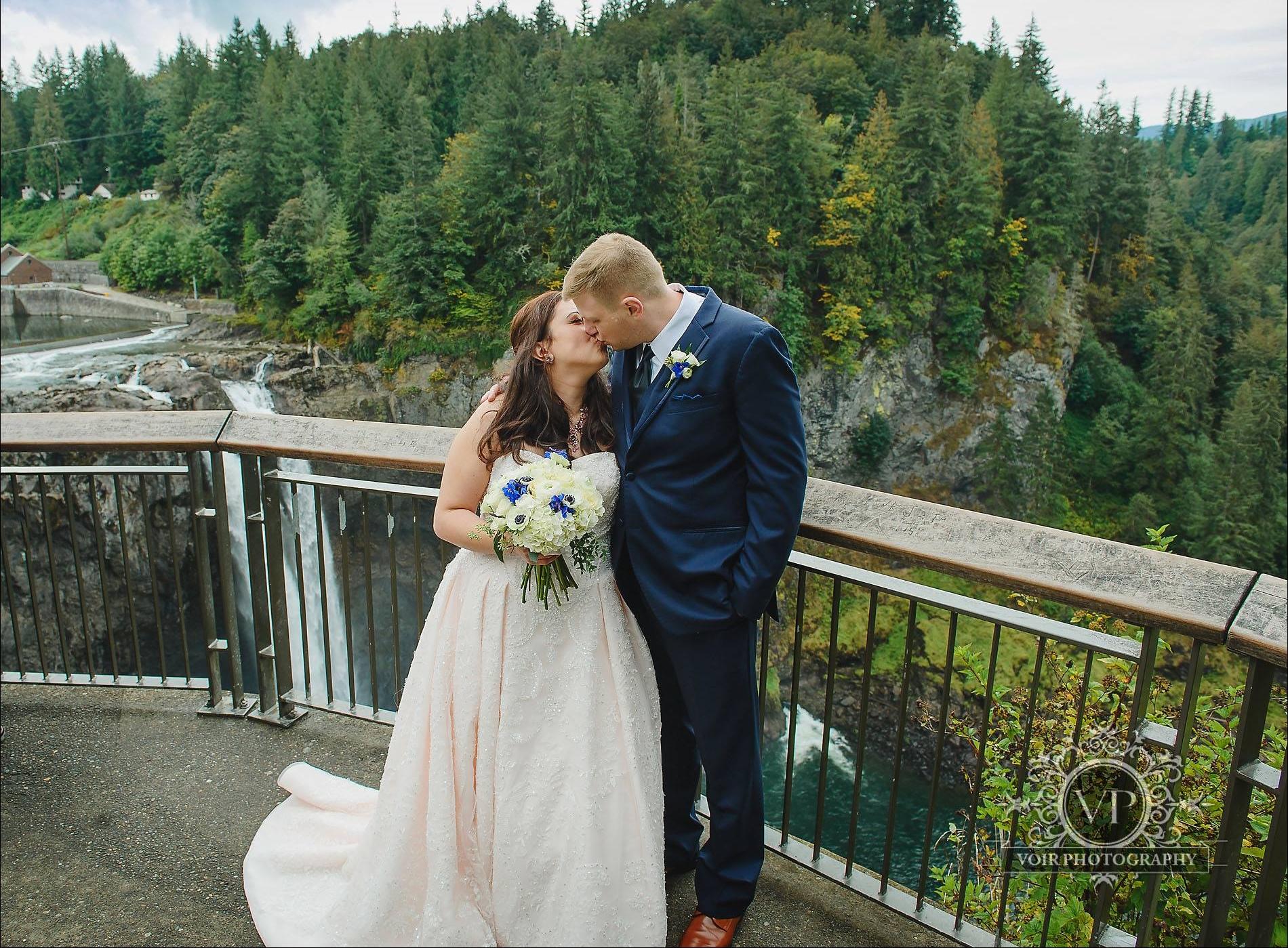 Marie & Brian - Salish Lodge | Voir Photography