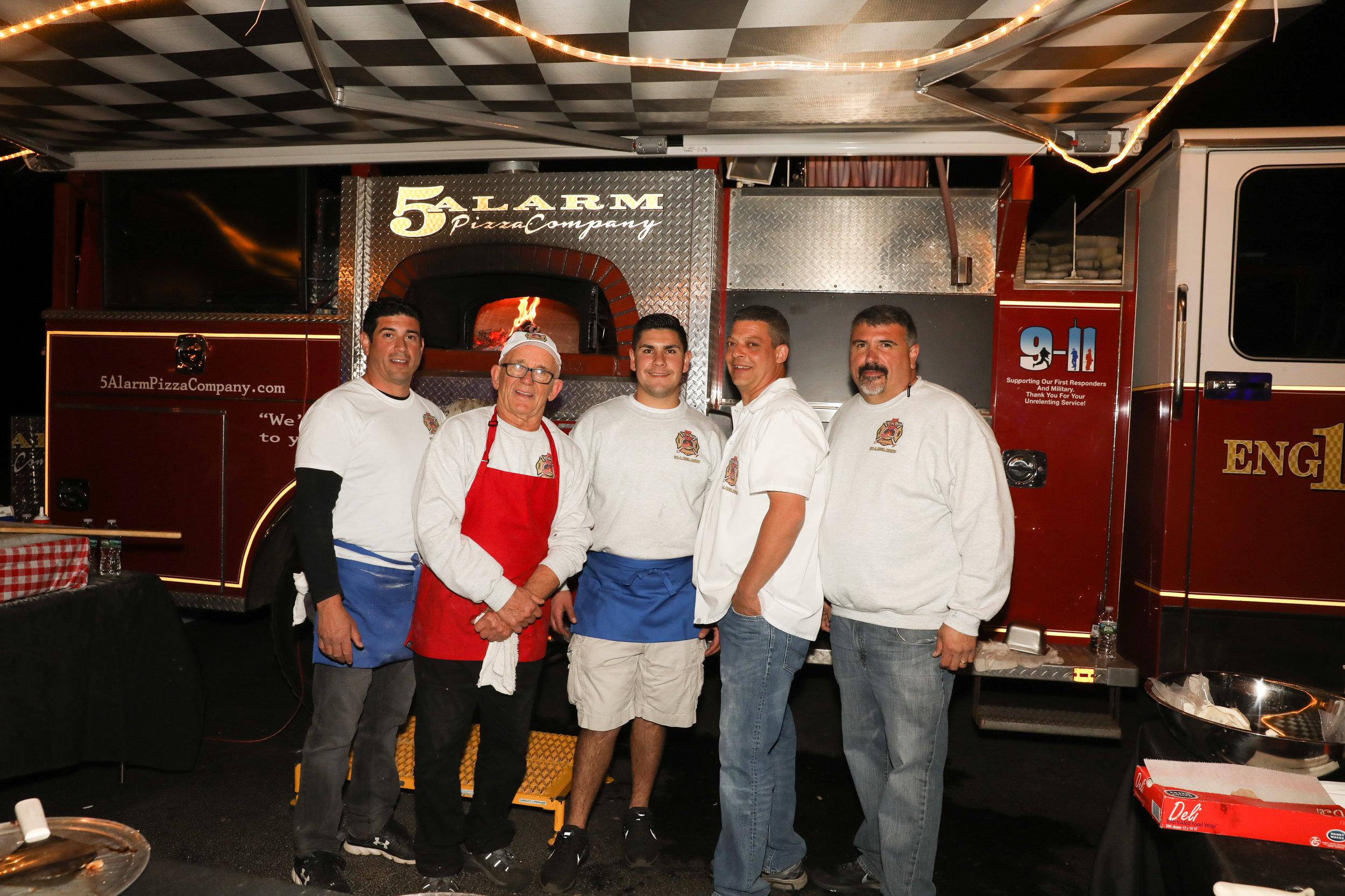 Food Truck - 5 Alarm Pizza Company Group Shot
