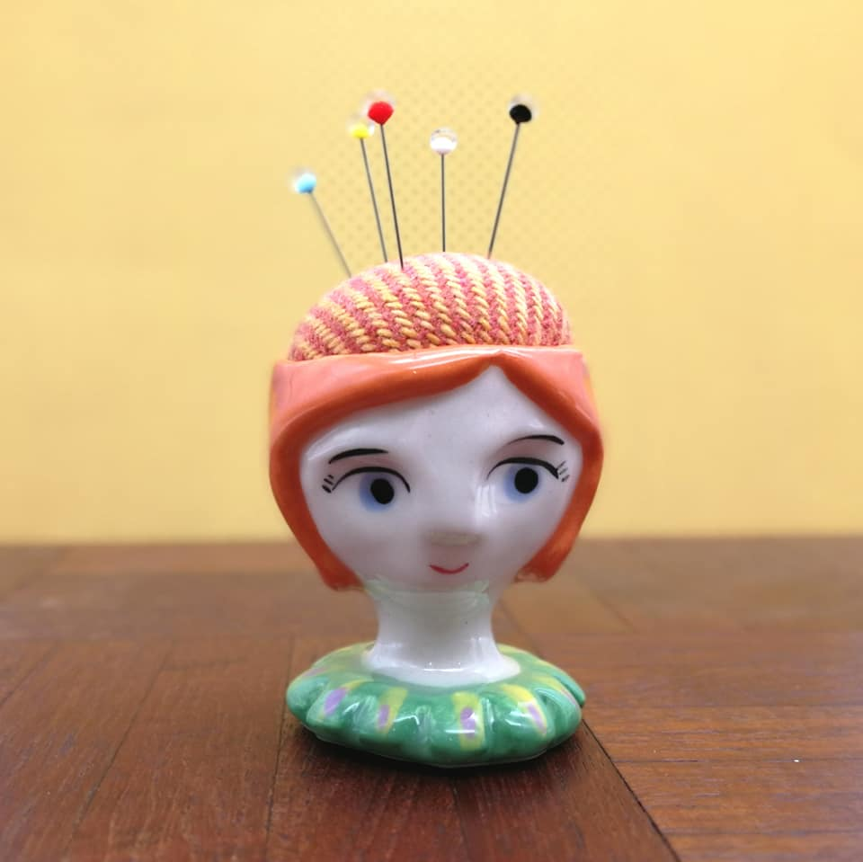 Pin Cushion Katch Skinner