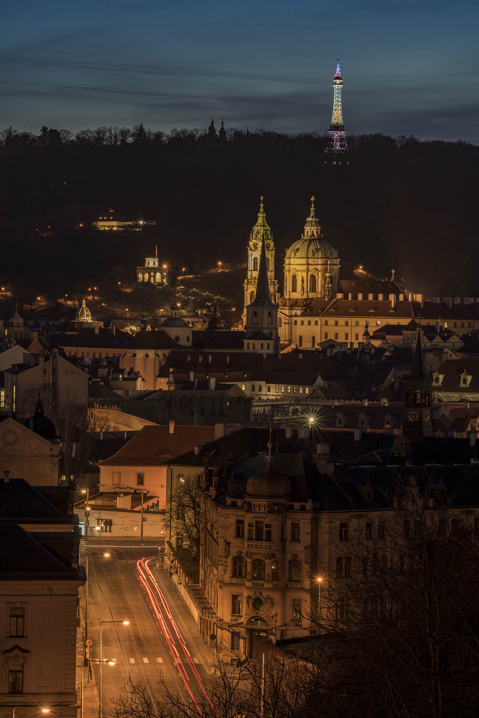 Prague-Cityscape-Travel-Zeiss