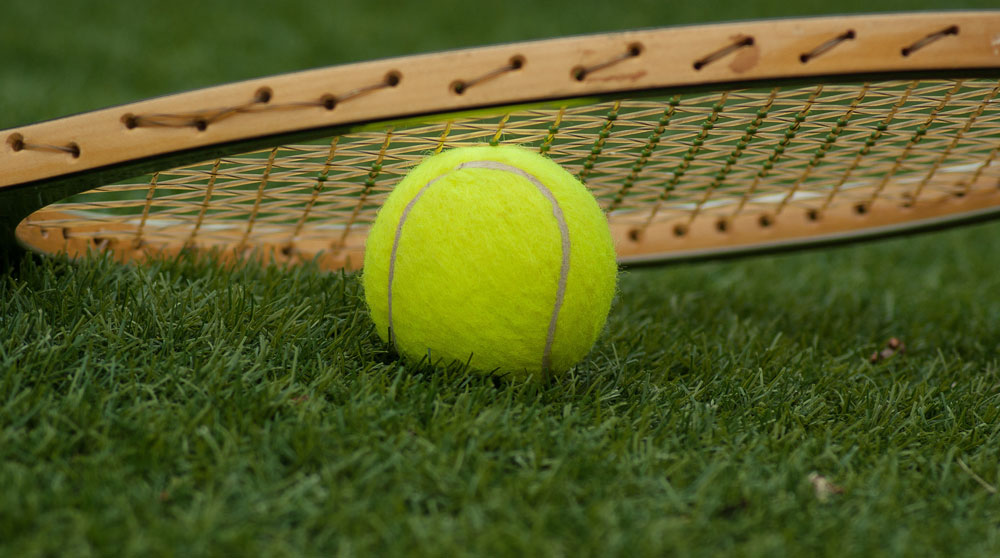 tennisbal-frans-otten-stadion.jpg
