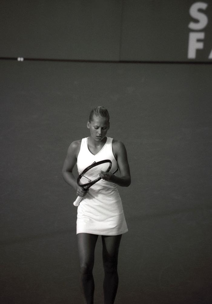 Tennis in de winter - Tennislessen volgen bij Tennisschool Amsterdam. Kleinschalig, persoonlijk, vol speelplezier.