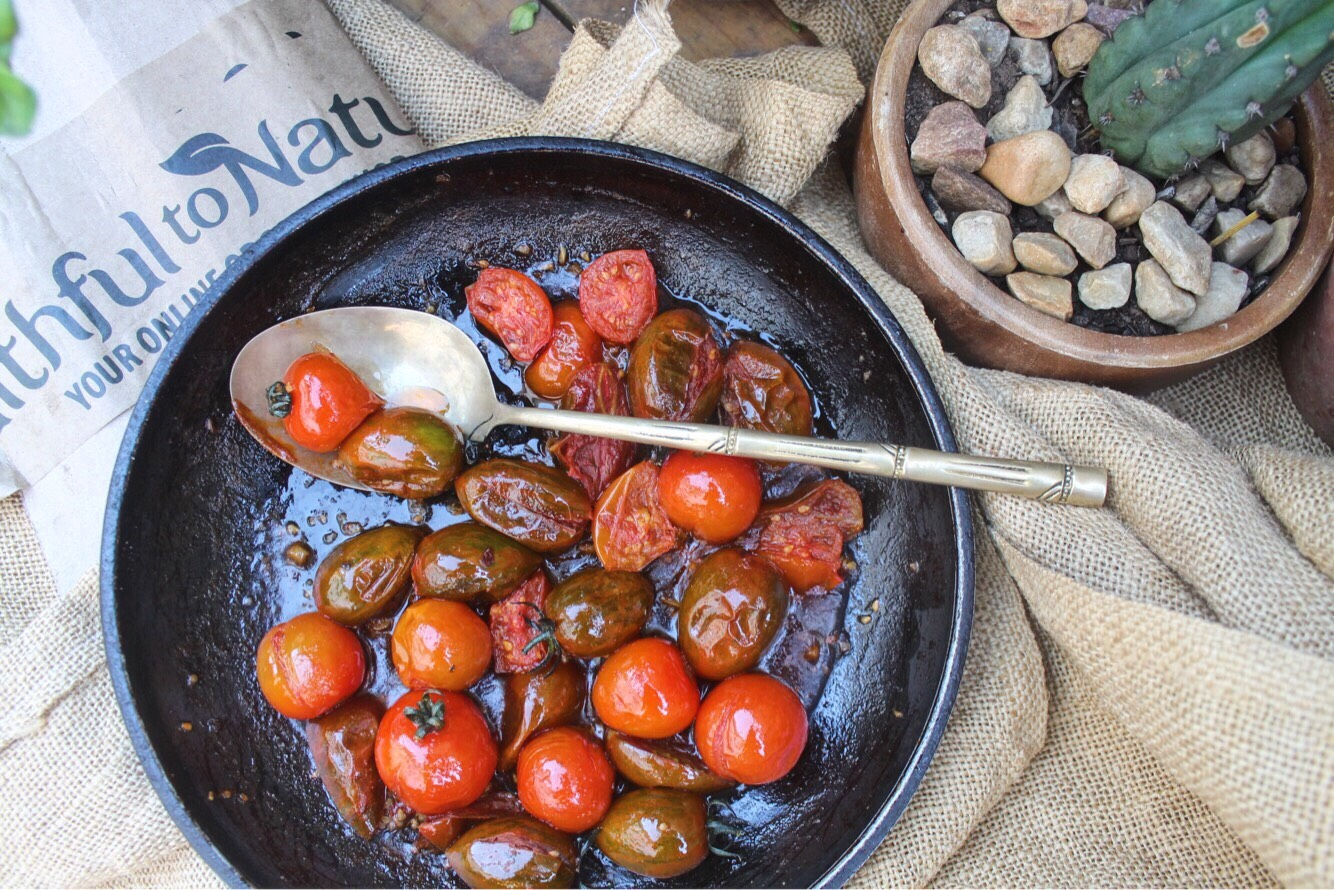 tomaotes.jpg