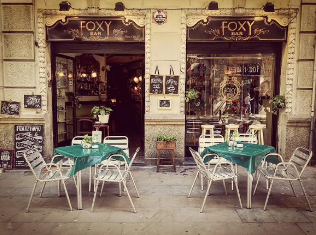 Foxy Bar Barcelona.  Photo credit: https://www.instagram.com/wearefoxy/