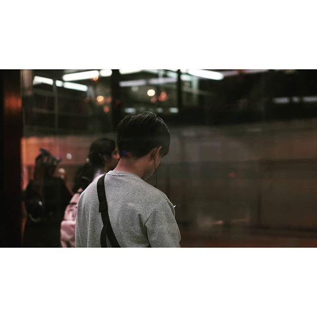 Strangers 👥  #waiting #scrolling #realpeople #humansoftoronto #exploringto #exploretocreate #artofvisuals #documentingreality #wanderlust #wanderingfilmmakers #wfdaily