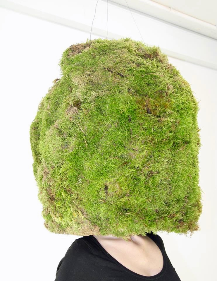 Moss dome - Sensing, smelling the sensation of moss
