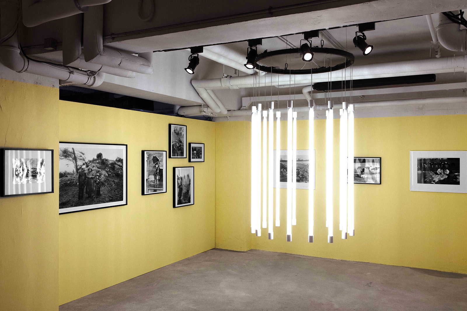 Burberrys-Here-We-Are-photography-exhibition-in-Hong-Kong_005.jpg