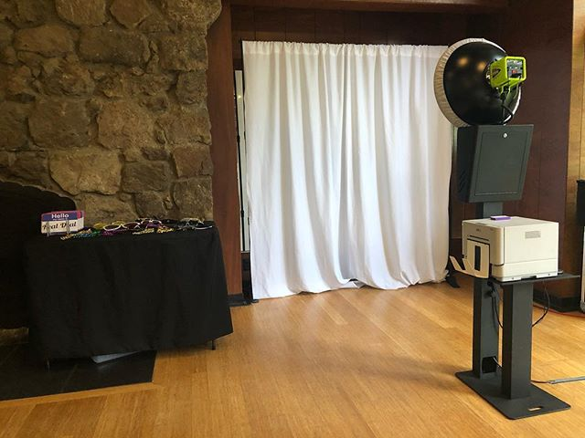 Open air booth set up for @kpthrive  #tpmg #kaiser #brazilroom #tildenpark #photobooth #bayarea #corporate #event #sparksphotoboothfun