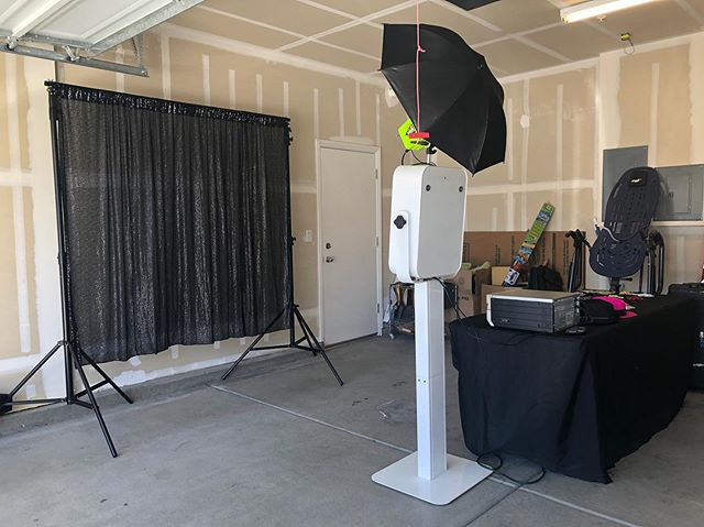 Open air booth set up for this house party!  Great fun. #sparksphotoboothfun #bayarea #photobooth #rentals #openairbooth #openair #openairphotobooth
