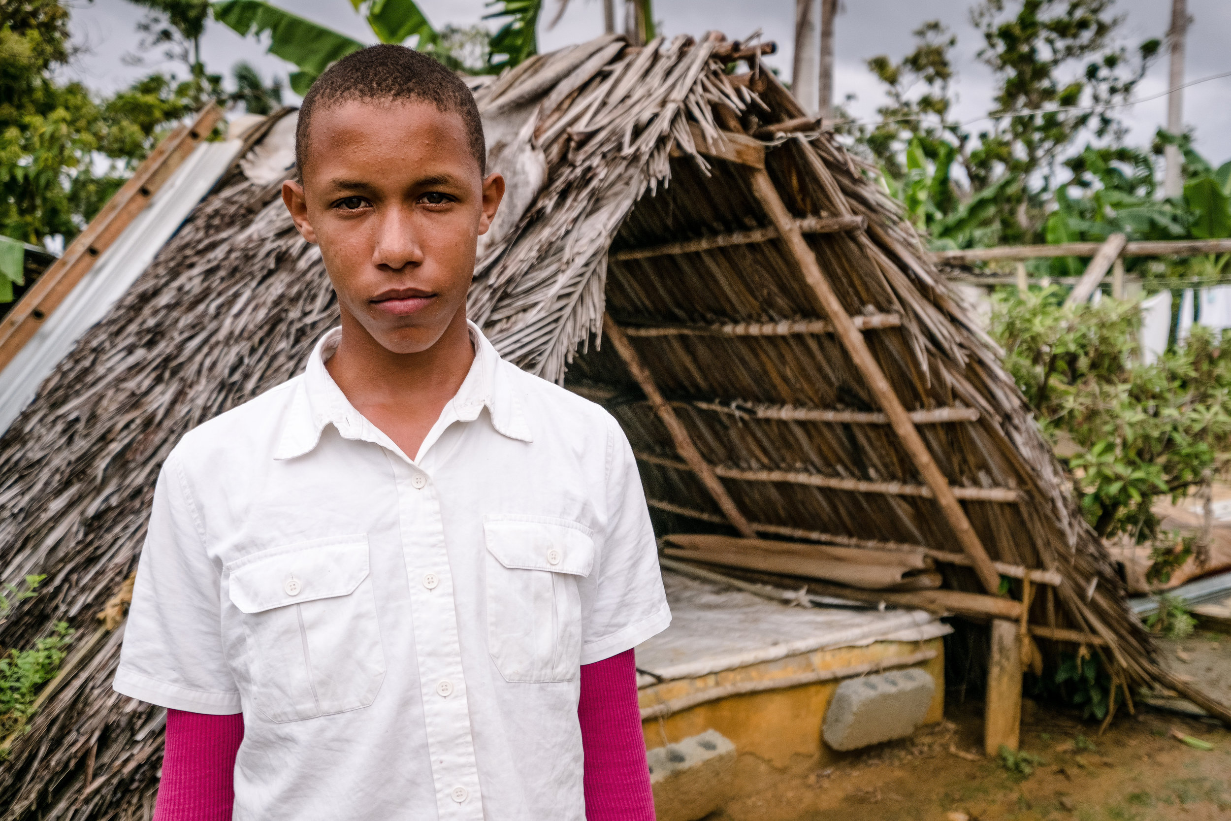 Eliobanis is 15 years old, Deaf and lives in the countryside of Baracoa with his mother and sister. He would like to work because his Dad is in Jail. He hopes someday to work in a bakery.