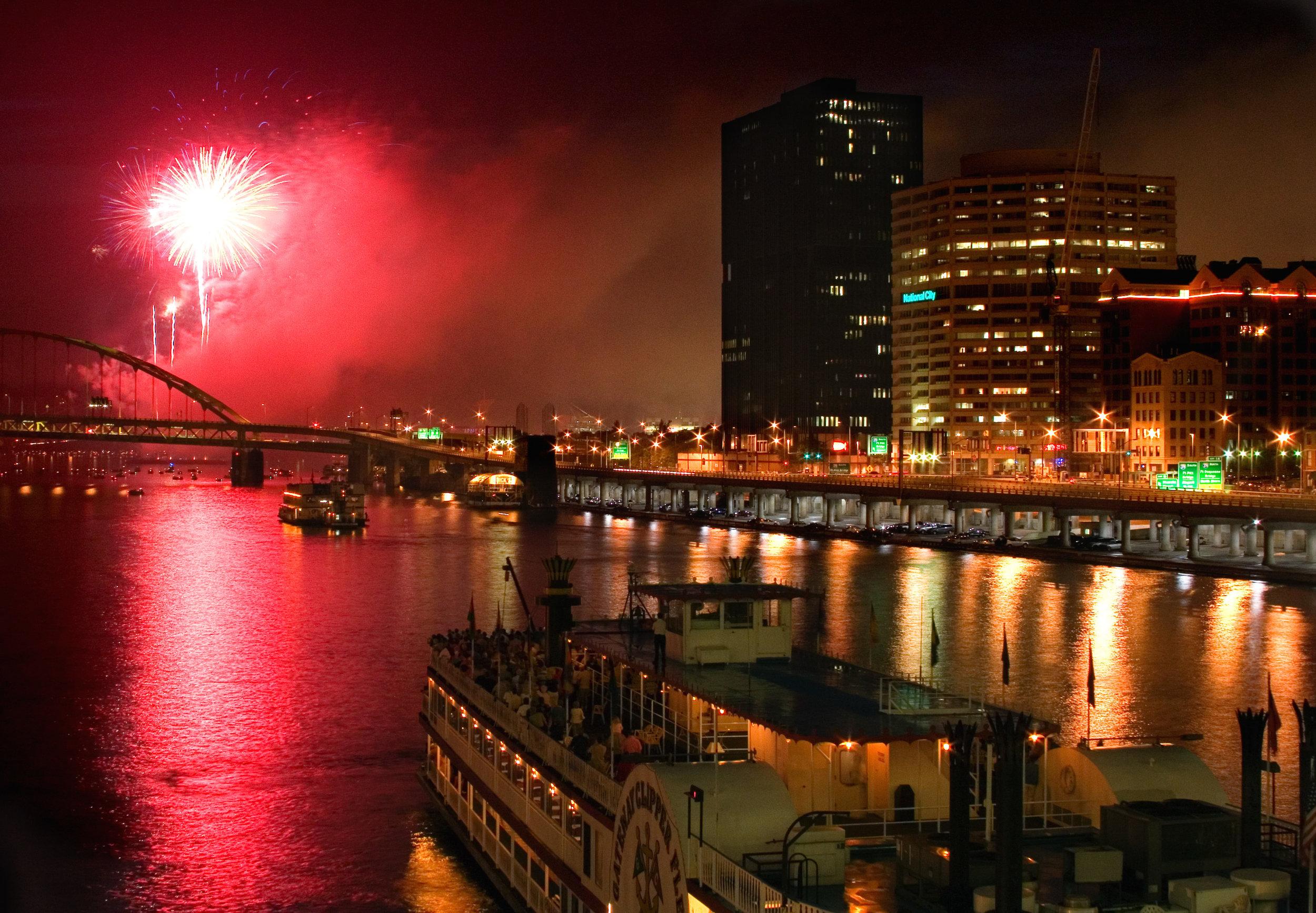 Gateway Clipper Fireworks