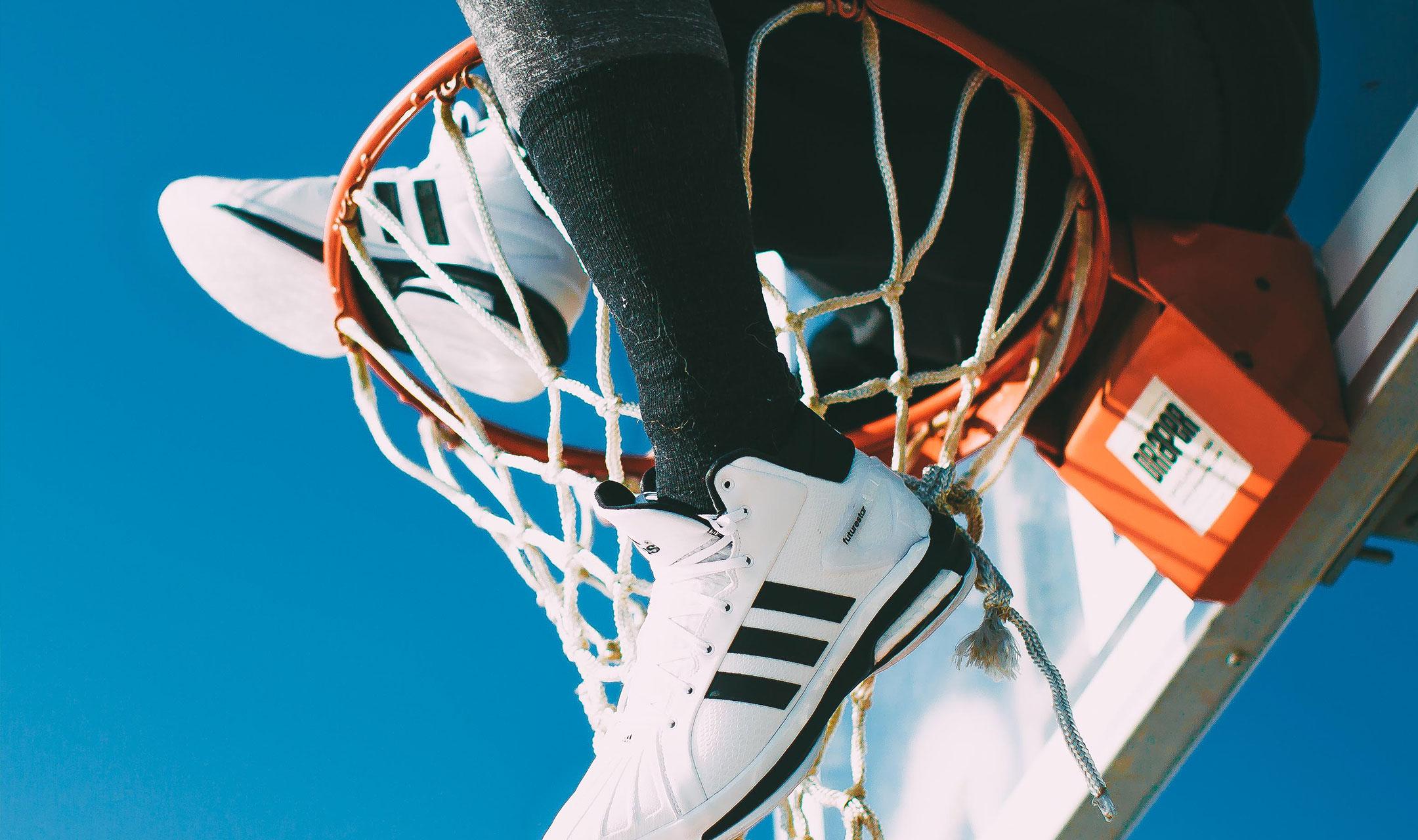 Adidas_gallery1_2_2x.jpg