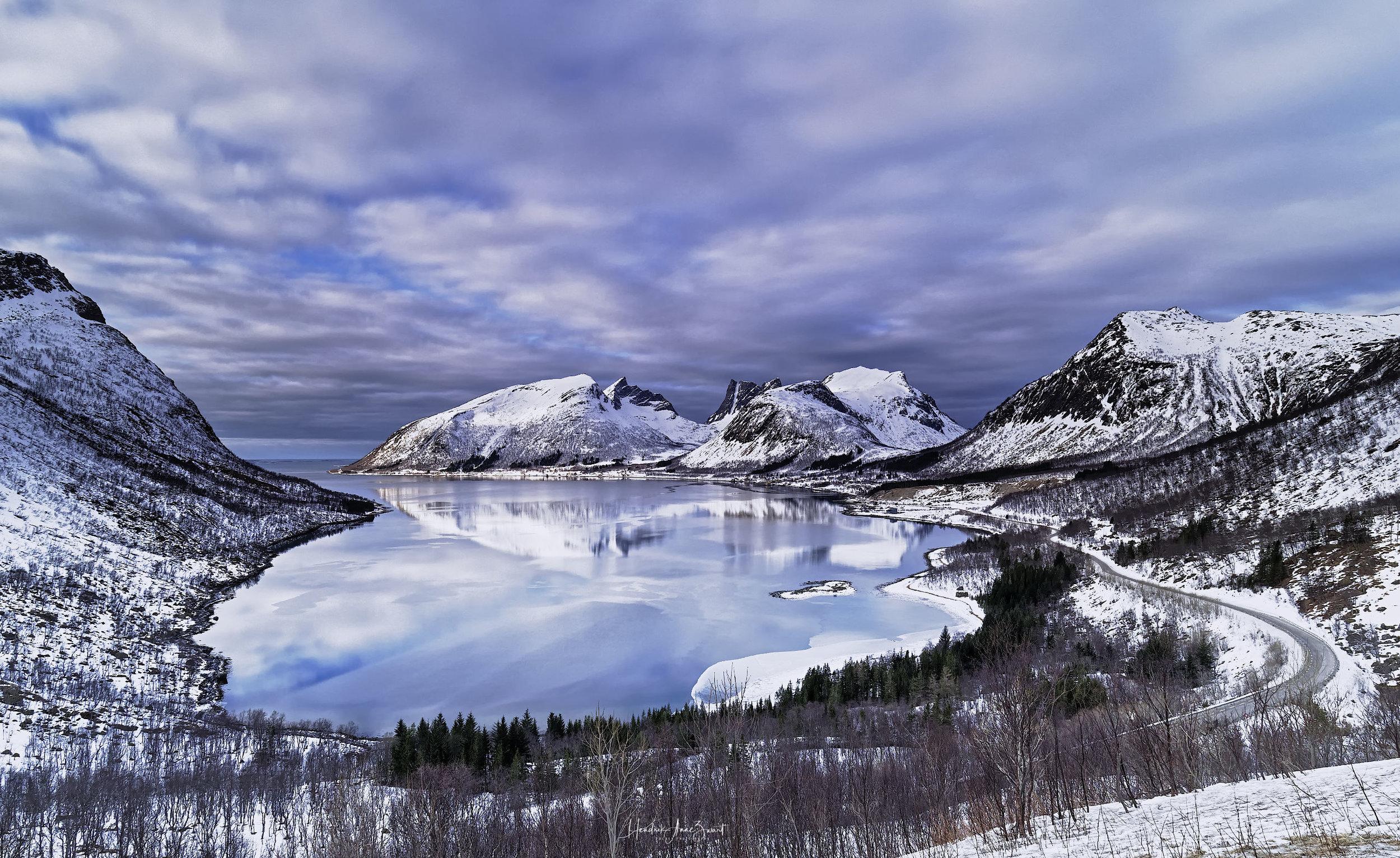 Bergsboth_Senja_Norway_1_c.jpg