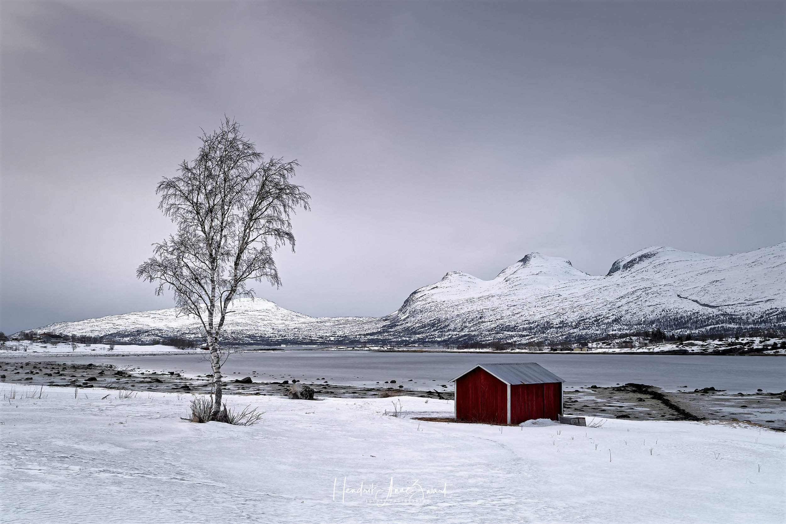 Fauske_Norway_Red_House_1.jpg