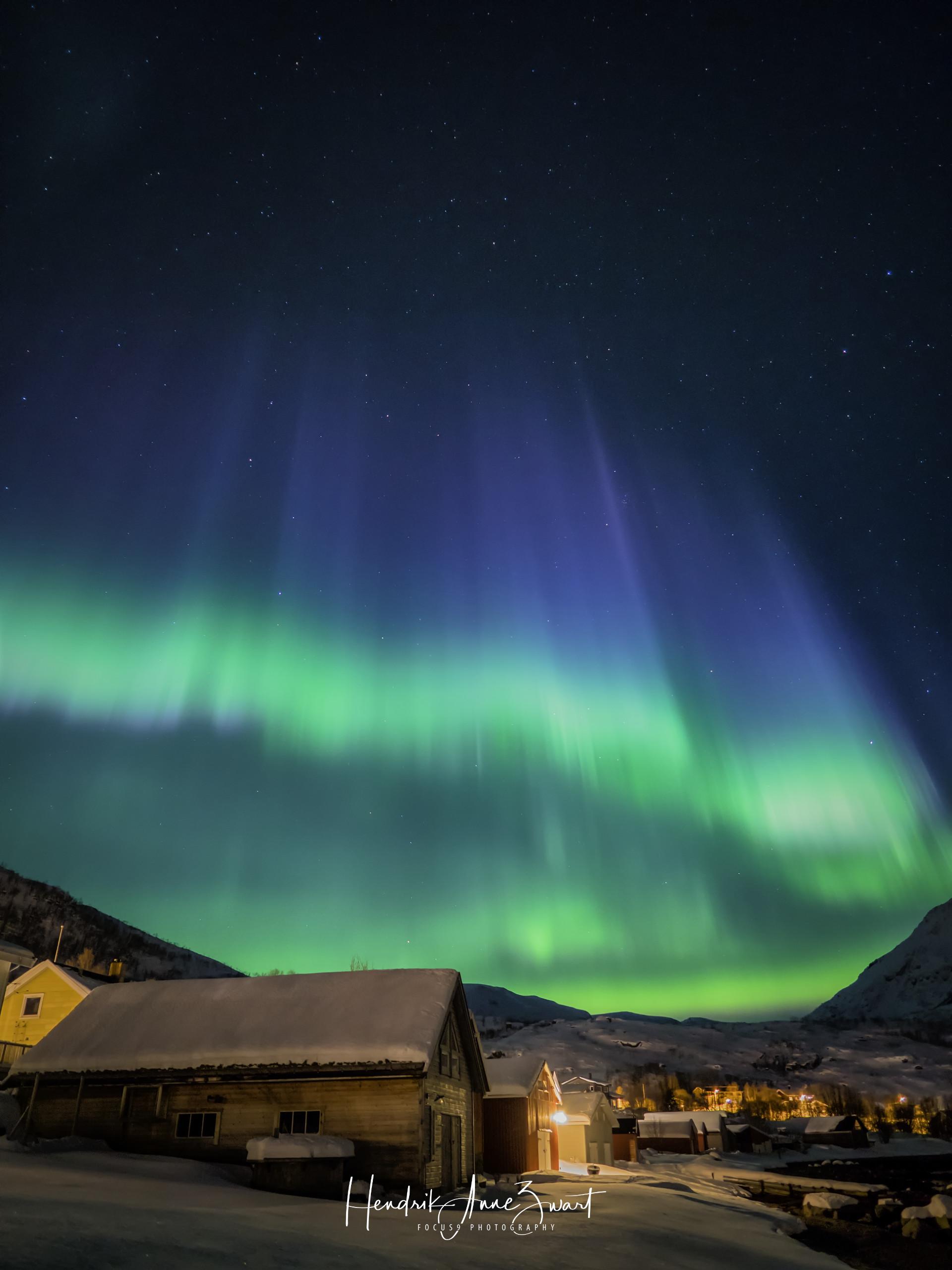 Northern_Lights_Ersfjord_1_Norway.jpg