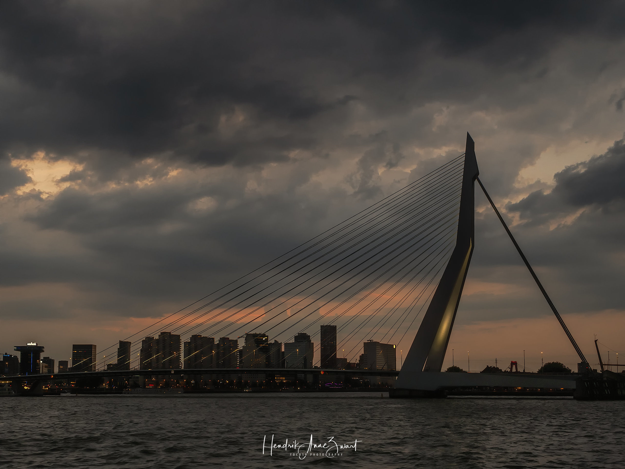 Rotterdam_Maas_Sunset_5.jpg