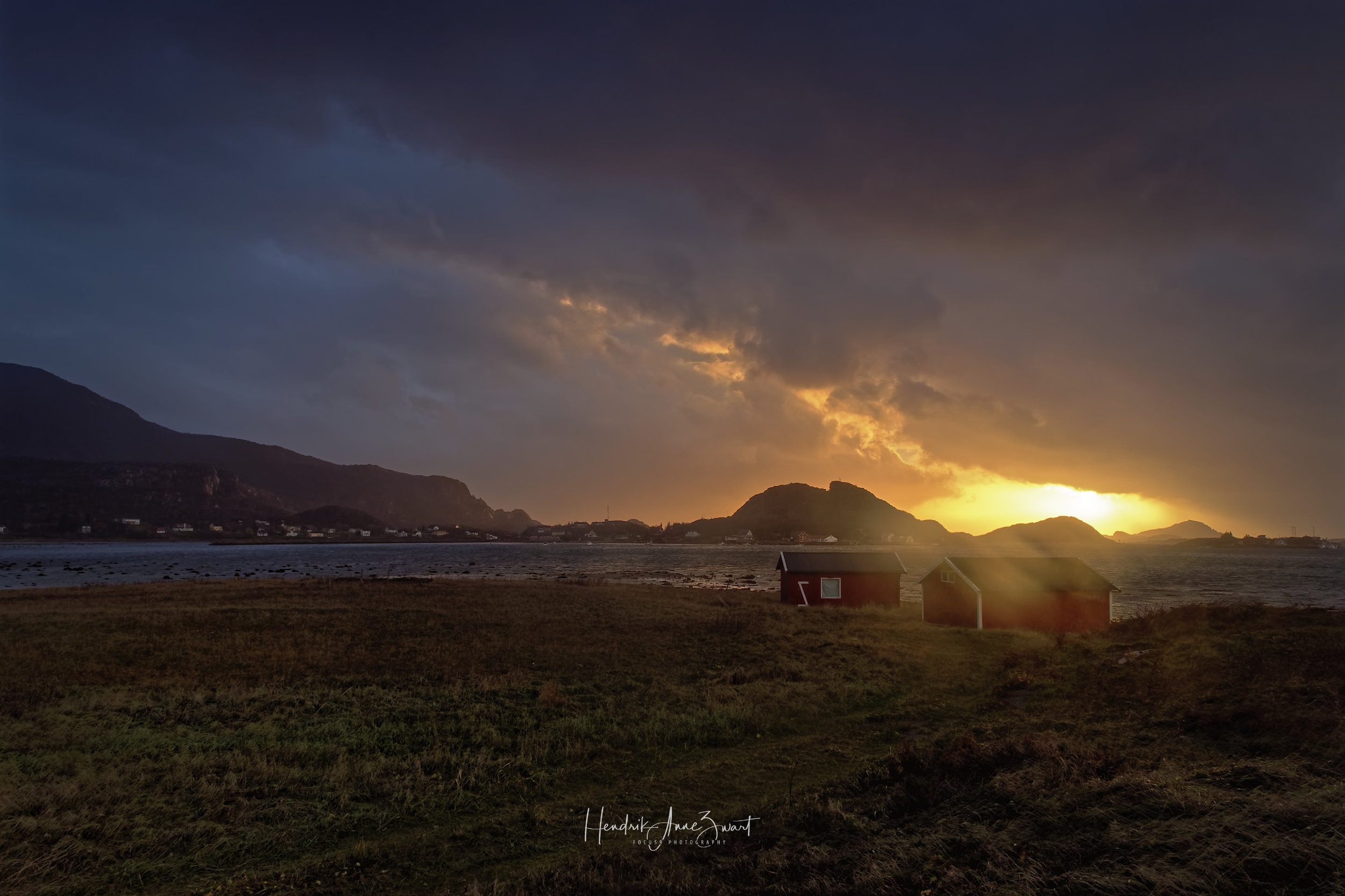 Nordskot_Norway_sunset_2.jpg