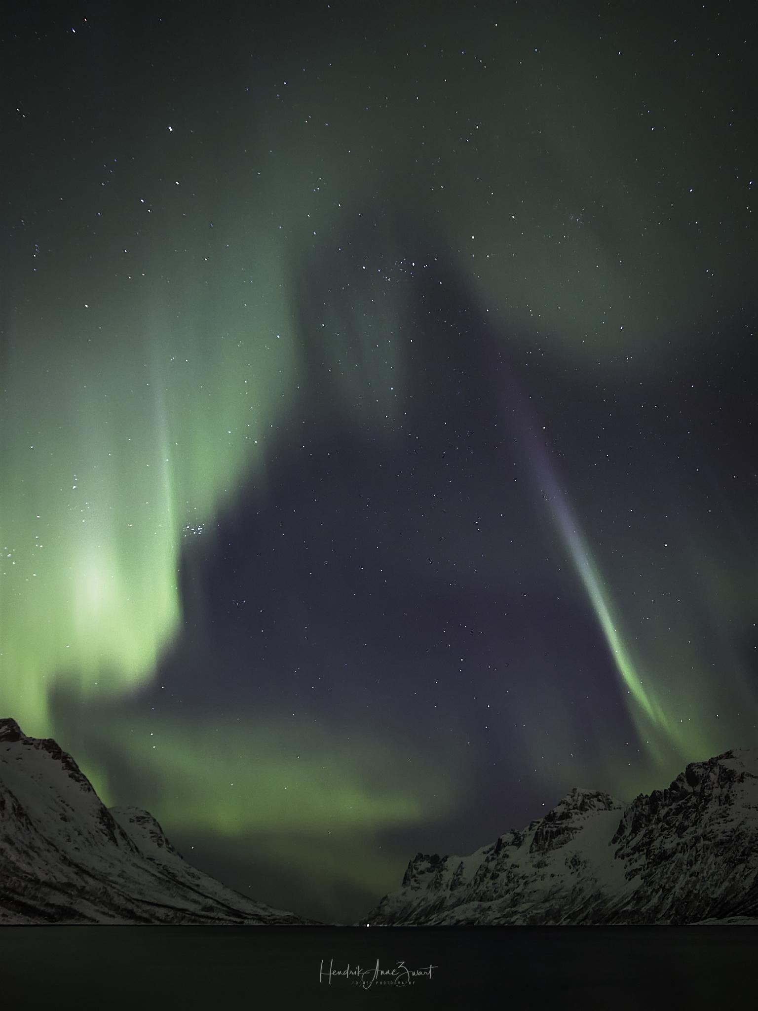 Nordic_Light_Notthern_Lights_Norway_Ersfjordbotn_2.jpg